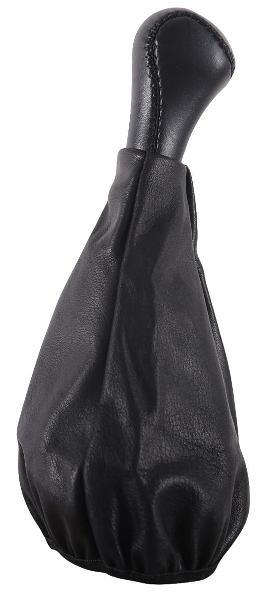 Ручка КПП Azard, для ВАЗ 2109, кожа, цвет: черныйКПП00094Пластиковая насадка ручки обшита винилом и дополненная декоративным сарафаном, полностью закрывающим стержень рычага КПП. Создает дополнительный комфорт во время вождения. Легко устанавливается в салоне автомобиля. Ручка КПП Azard износоустойчива и легко очищается мягкой тканью.