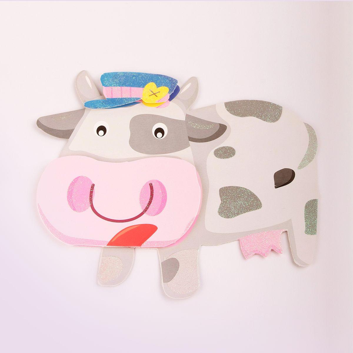 Наклейка декоративная Magic Home Коровка, 35,5 х 25 см31819Яркая, забавная наклейка украсит не только детскую комнату, но и станет отличным дополнением к любому подарку. Наклейку можно использовать как украшение стен и, например, фасадов шкафов и различных ящиков.