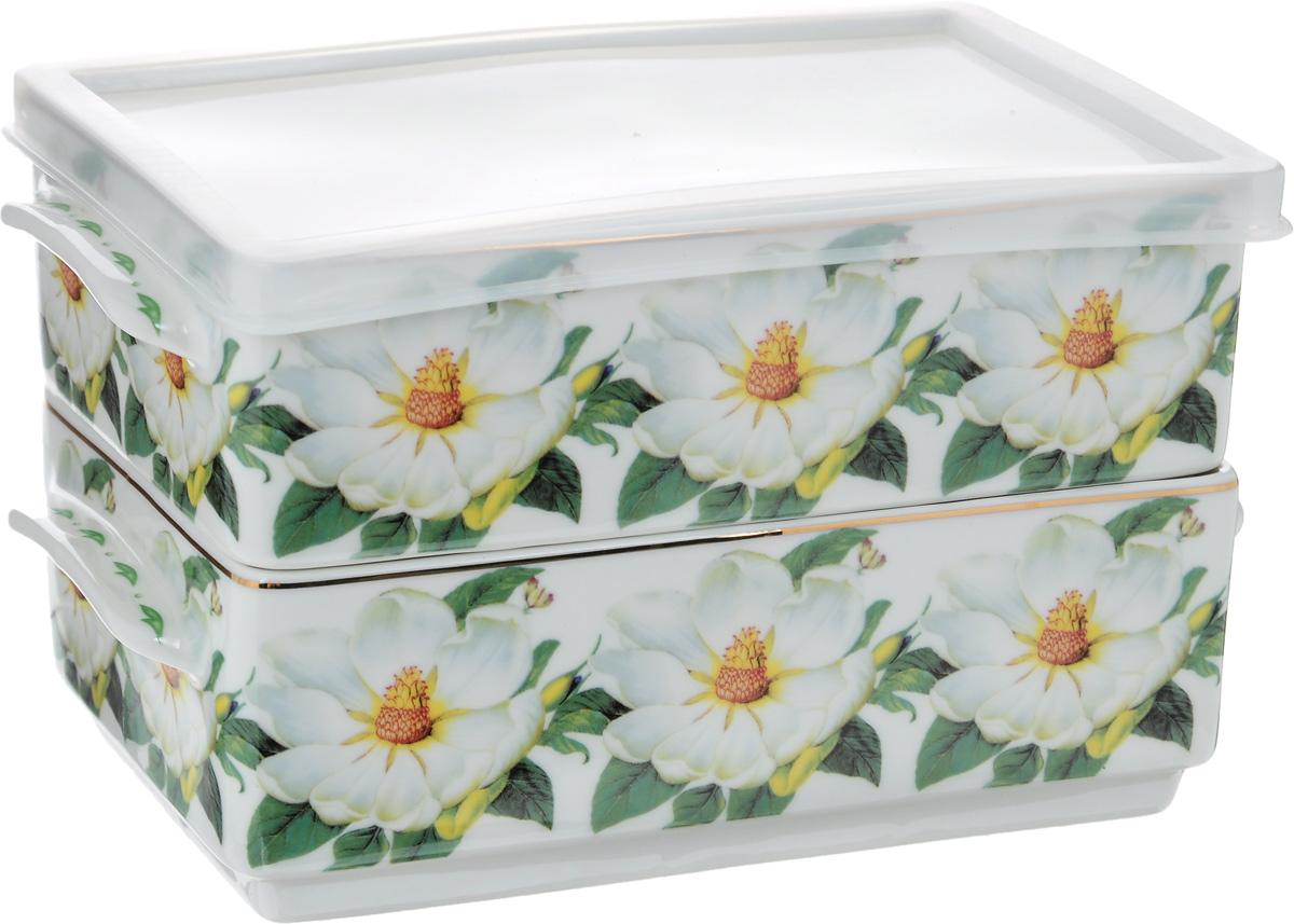 Набор блюд для холодца Elan Gallery Белый шиповник, 800 мл, 2 шт503534_Белый шиповникБлюда для холодца Elan Gallery Белый шиповник, изготовленные из высококачественной керамики, предназначены для приготовления и хранения заливного или холодца. Пластиковая крышка, входящая в комплект, сохранит свежесть вашего блюда. Также блюда можно использовать для приготовления и хранения салатов. Изделия оформлены оригинальным рисунком. Такие блюда украсят сервировку вашего стола и подчеркнут прекрасный вкус хозяйки. Не рекомендуется применять абразивные моющие средства. Не использовать в микроволновой печи. Размер блюд (без учета ручек и крышки): 17,2 х 11,5 х 6 см. Объем блюд: 800 мл.