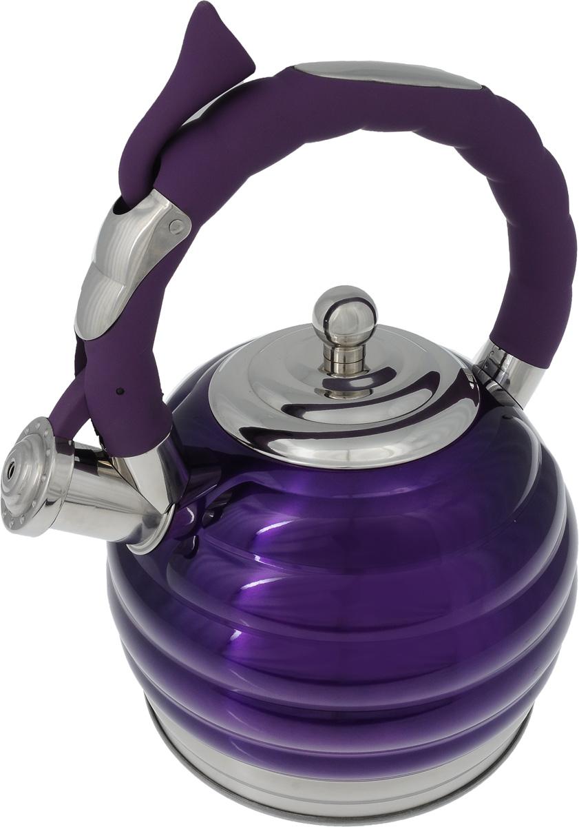 Чайник Mayer & Boch, со свистком, цвет фиолетовый, 3 л. 24967CM000001328Чайник Mayer & Boch изготовлен из высококачественной нержавеющей стали с цветным глянцевым покрытием. Нержавеющая сталь не окисляется и не впитывает запахи, поэтому напитки всегда будут ароматными и иметь натуральный вкус. Носик снабжен свистком, что позволит вам контролировать процесс подогрева или кипячения воды. Фиксированная ручка снабжена механизмом для открывания носика, что делает использование чайника очень удобным и безопасным. Капсулированное дно с прослойкой из алюминия обеспечивает наилучшее распределение тепла. Чайник подходит для использования на всех типах плит, включая индуционные. Также изделие можно мыть в посудомоечной машине. Диаметр чайника (по верхнему краю): 10 см.Высота чайника (без учета ручки и крышки): 15 см.