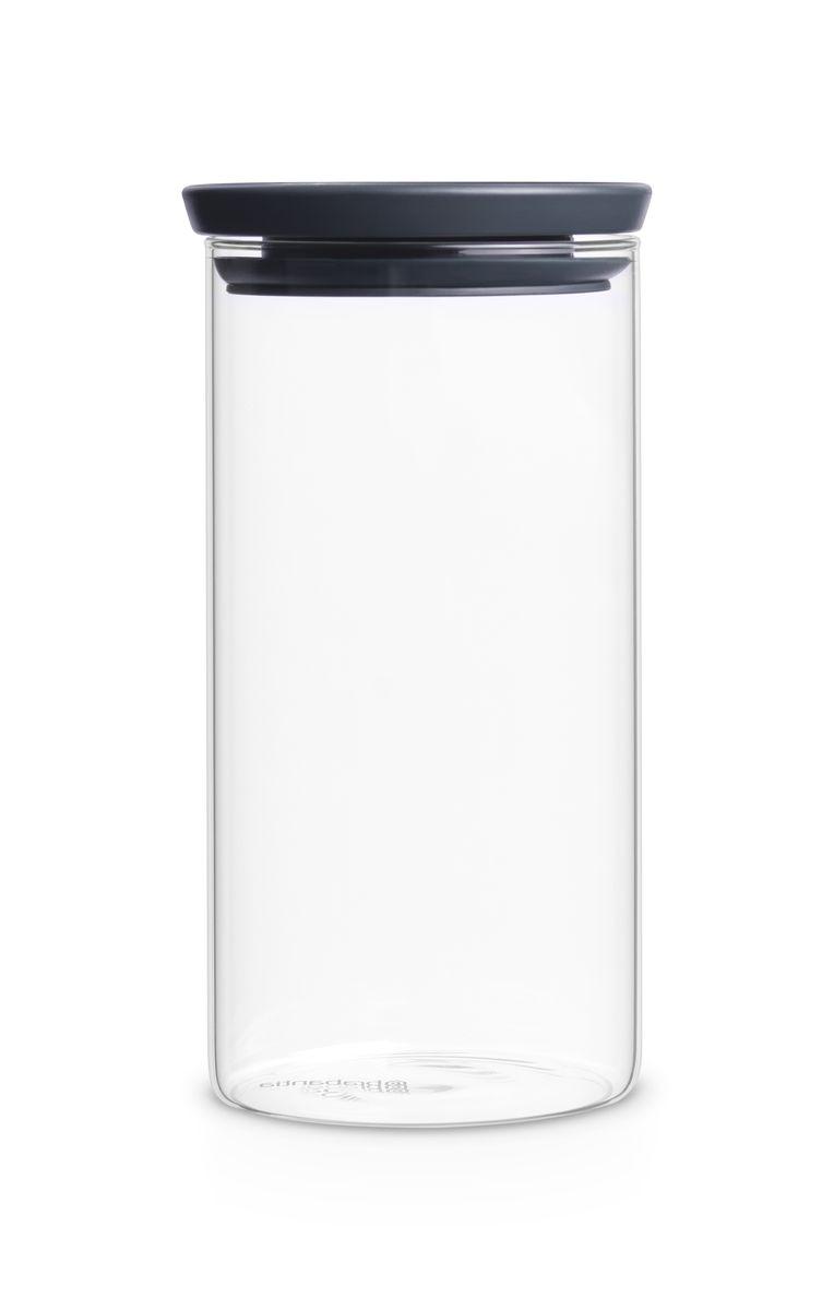 Модульная стеклянная банка Brabantia 1,1лVT-1520(SR)Эти удобные модульные стеклянные банки для хранения любых продуктов непременно станут вашими любимыми. Идеальное решение для хранения продуктов – предлагаются в ассортименте различных размеров; Ваши любимые продукты дольше сохраняют свежесть – герметичная крышка; Легко моются – банки и крышки можно мыть в посудомоечной машине; Хорошо видно содержимое и его объем – прозрачное стекло; Рациональное использование пространства – модульная конструкция: банки составляются одна на другую; 10-летняя гарантия Brabantia.
