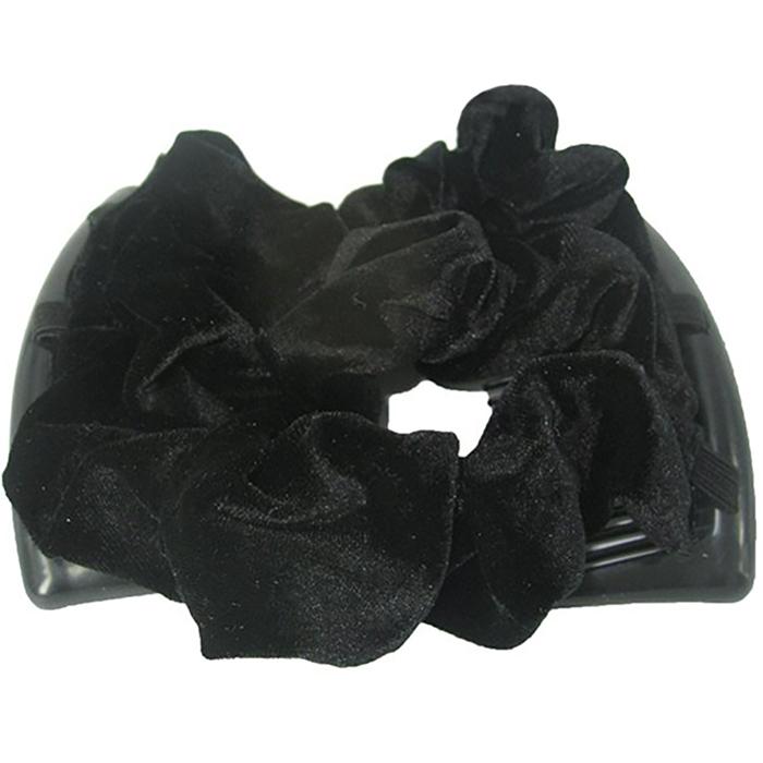 Montar Заколка Монтар, чернаяЗМТ_чУдобная и практичная MONTAR напоминает Изи Коум. Подходит для любого типа волос: тонких, жестких, вьющихся или прямых, и не наносит им никакого вреда. Заколка не мешает движениям головы и не создает дискомфорта, когда вы отдыхаете или управляете автомобилем. Каждый гребень имеет по 20 зубьев для надежной фиксации заколки на волосах! И даже во время бега и интенсивных тренировок в спортзале Изи Коум не падает; она прочно фиксирует прическу, сохраняя укладку в первозданном виде. Небольшая и легкая заколка поместится в любой дамской сумочке, позволяя быстро и без особых усилий создавать неповторимые прически там, где вам это удобно. Гребень прекрасно сочетается с любой одеждой: будь это классический или спортивный стиль, завершая гармоничный облик современной леди. И неважно, какой образ жизни вы ведете, если у вас есть MONTAR, вы всегда будете выглядеть потрясающе. Применение: 1) Вставьте один из гребней под прическу вогнутой стороной к поверхности головы. ...