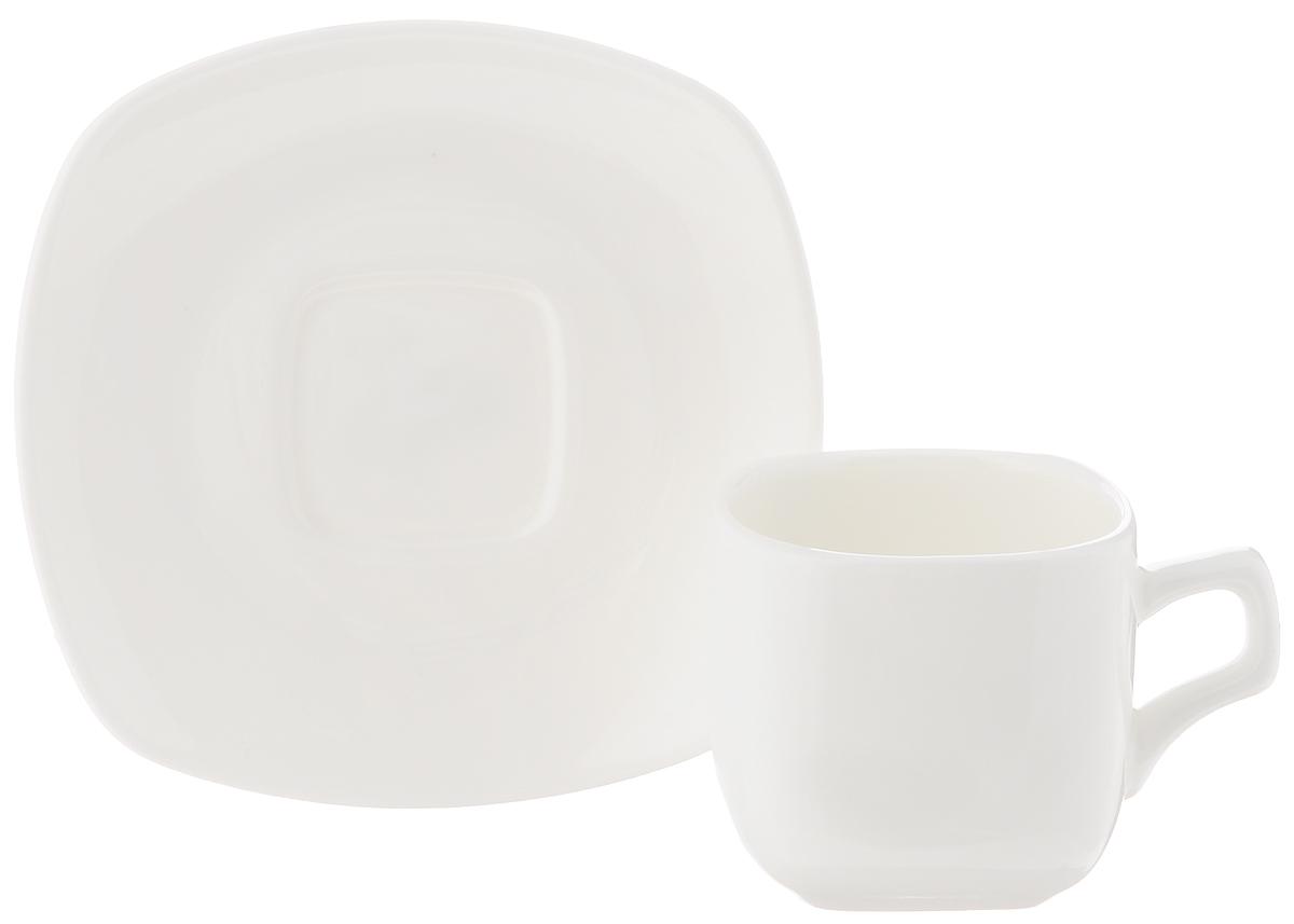 Кофейная пара Wilmax, 2 предмета. WL-993041 / 1CWL-993041 / 1CКофейная пара Wilmax состоит из чашки и блюдца. Изделия выполнены из высококачественного фарфора, покрытого слоем глазури. Изделия имеют лаконичный дизайн, просты и функциональны в использовании. Кофейная пара Wilmax украсит ваш кухонный стол, а также станет замечательным подарком к любому празднику. Изделия можно мыть в посудомоечной машине и ставить в микроволновую печь. Объем чашки: 90 мл. Размер чашки (по верхнему краю): 5,5 х 5,5 см. Высота чашки: 5,2 см. Размер блюдца: 11 х 11 х 1,5 см.