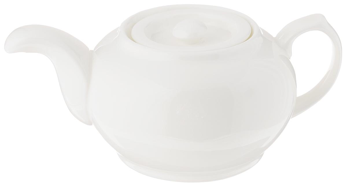 Чайник заварочный Wilmax, 800 млWL-994011 / 1CЗаварочный чайник Wilmax изготовлен из высококачественного фарфора. Глазурованное покрытие обеспечивает легкую очистку. Изделие прекрасно подходит для заваривания вкусного и ароматного чая, а также травяных настоев. Ситечко в основании носика препятствует попаданию чаинок в чашку. Оригинальный дизайн сделает чайник настоящим украшением стола. Он удобен в использовании и понравится каждому. Можно мыть в посудомоечной машине и использовать в микроволновой печи. Диаметр чайника (по верхнему краю): 6,6 см. Высота чайника (без учета крышки): 9 см.