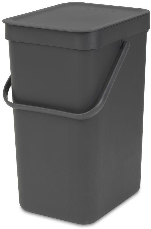 Ведро для мусора Brabantia Sort & Go, цвет: серый, 12 л109805Эти 12-литровые ведра можно использовать для раздельного сбора любых домашних отходов, например, бутылок, банок или пластиковой упаковки. Большая ручка и удобный захват снизу позволяют удобно освободить ведро от мусора. Идеальное решение для раздельного сбора домашних отходов. Может использоваться на полу или крепиться к стене – в комплект входит настенный держатель; Имеются идеально подходящие по размеру мешки Brabantia PerfectFit с завязками (размер C) – удобно устанавливаются в ведро; Имеются идеально подходящие по размеру биоразлагаемые мешки для компостируемых отходов (размер С) – удобно устанавливаются в ведро; Гарантия 10 лет.