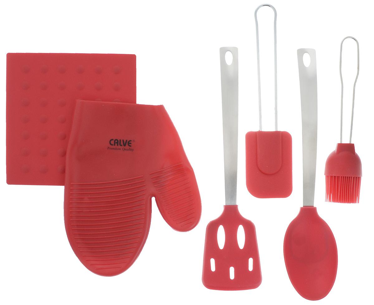 Набор кухонных принадлежностей Calve Premium Quality, цвет: красный, серебристый, 6 предметовCL-4607Набор кухонных принадлежностей Calve Premium Quality состоит из ложки, лопатки, лопатки с прорезями, кисточки, прихватки-варежки, подставки по горячее. Изделия выполнены из силикона и нержавеющей стали. В наборе содержатся все необходимые на кухне принадлежности, которые могут вам в приготовлении пищи. Стильный дизайн сделает такой набор отличным украшением кухни. Не используйте для чистки абразивные моющие средства и металлические мочалки. Чистите принадлежности только с помощью мыльной воды и мягкой щетки. Силиконовая подставка под горячее, размер 17 х 17 см. Прихватка-варежка, размер 22 х 17 см. Силиконовая лопатка с прорезями, размер 31 х 7 см. Силиконовая ложка, размер 32 х 7 см. Силиконовая лопатка, размер 25 х 6 см. Силиконовая кисточка, размер 21,5 х 5 см.