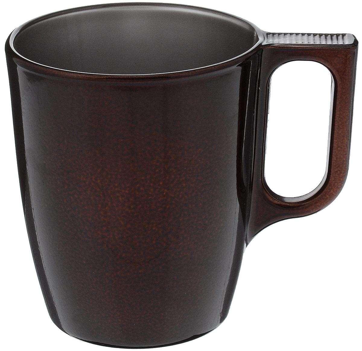 Кружка Luminarc Flashy Сolors, цвет: коричневый, 250 млJ1120Кружка Flashy Colors выполнена в современном дизайне и имеет приятный насыщенный цвет. Кофе, чай, какао, любой напиток покажется в ней ароматнее и вкуснее. Кружка объемом 250 мл подойдет для ежедневного использования на кухне с любым интерьером. Кружка изготовлена из ударопрочного стекла и не впитывает запахи. Она может быть использована в СВЧ-печи и посудомоечной машине. Диаметр кружки по верхнему краю: 7,4 см. Высота: 9 см.