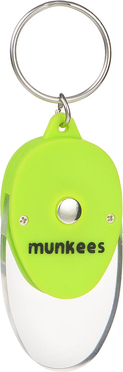 Брелок Munkees Плоский фонарик1098Брелок Munkees Плоский фонарик - это в первую очередь интересный брелок, а во вторую, функциональный фонарик. Его особенность в прозрачной части брелока, которая рассеивает свет и позволяет, к примеру, легко найти замочную скважину в полной темноте или что-либо на дне сумки. Изделие выполнено из прочного пластика и оснащено кольцом для подвешивания.