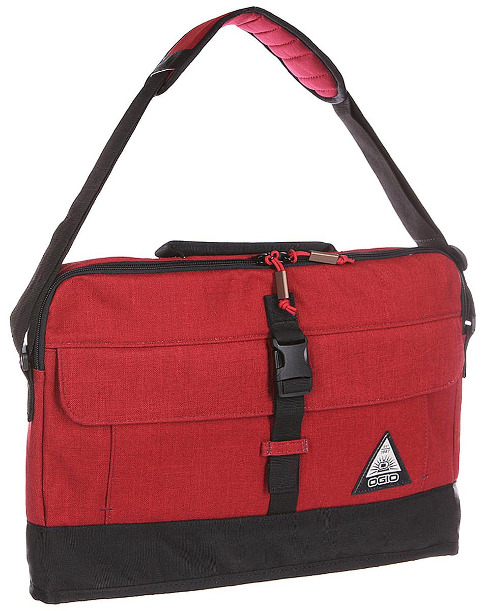 Сумка для ноутбука Ogio Ruck Slim Case, цвет: красный , 8 л22-0570 SOGIO – высокотехнологичный продукт от американского производителя. Вместимые сумки для путешествий, работы и отдыха, специальная коллекция городских сумок для женщин, жесткие боксы под мелкий инвентарь и многое другое. Отличная модель для тех, кто никогда не расстается с любимым электронным оборудованием. Легкая, прочная и надежная сумка для ноутбука, будет полезна не только для поездок по городу, но и для туристических путешествий, ведь она имеет систему крепления к чемодану для максимального упрощения транспортировки.