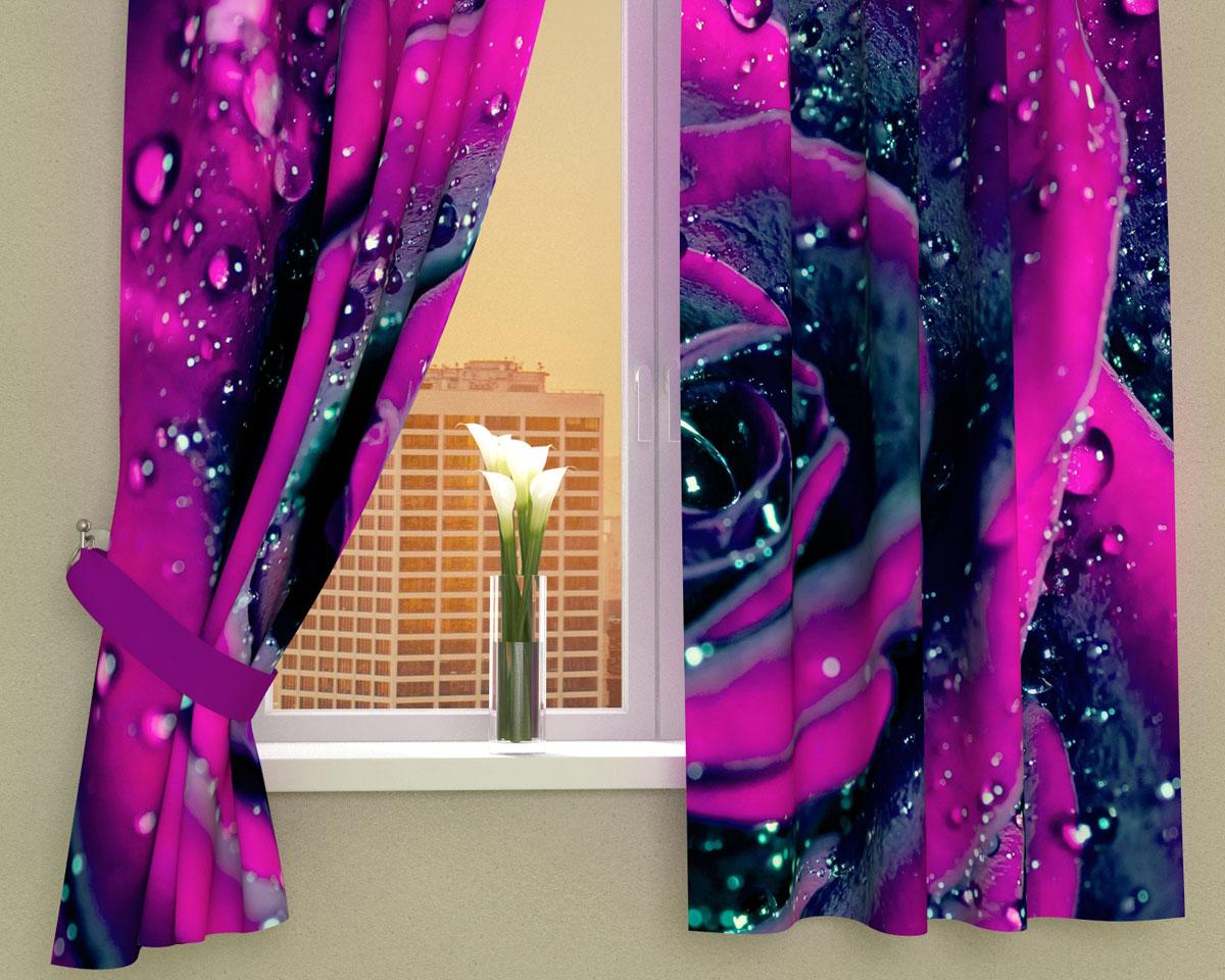 Комплект фотоштор Сирень Пурпурная роза, на ленте, высота 160 см02933-ФК-ГБ-002Фотошторы для кухни Сирень Пурпурная роза, выполненные из габардина (100% полиэстера), отлично дополнят украшение любого интерьера. Особенностью ткани габардин является небольшая плотность, из-за чего ткань хорошо пропускает воздух и солнечный свет. Ткань хорошо держит форму, не требует специального ухода. Крепление на карниз при помощи шторной ленты на крючки. В комплекте 2 шторы. Ширина одного полотна: 145 см. Высота штор: 160 см. Рекомендации по уходу: стирка при 30 градусах, гладить при температуре до 110 градусов. Изображение на мониторе может немного отличаться от реального. Подхваты в комплект не входят.