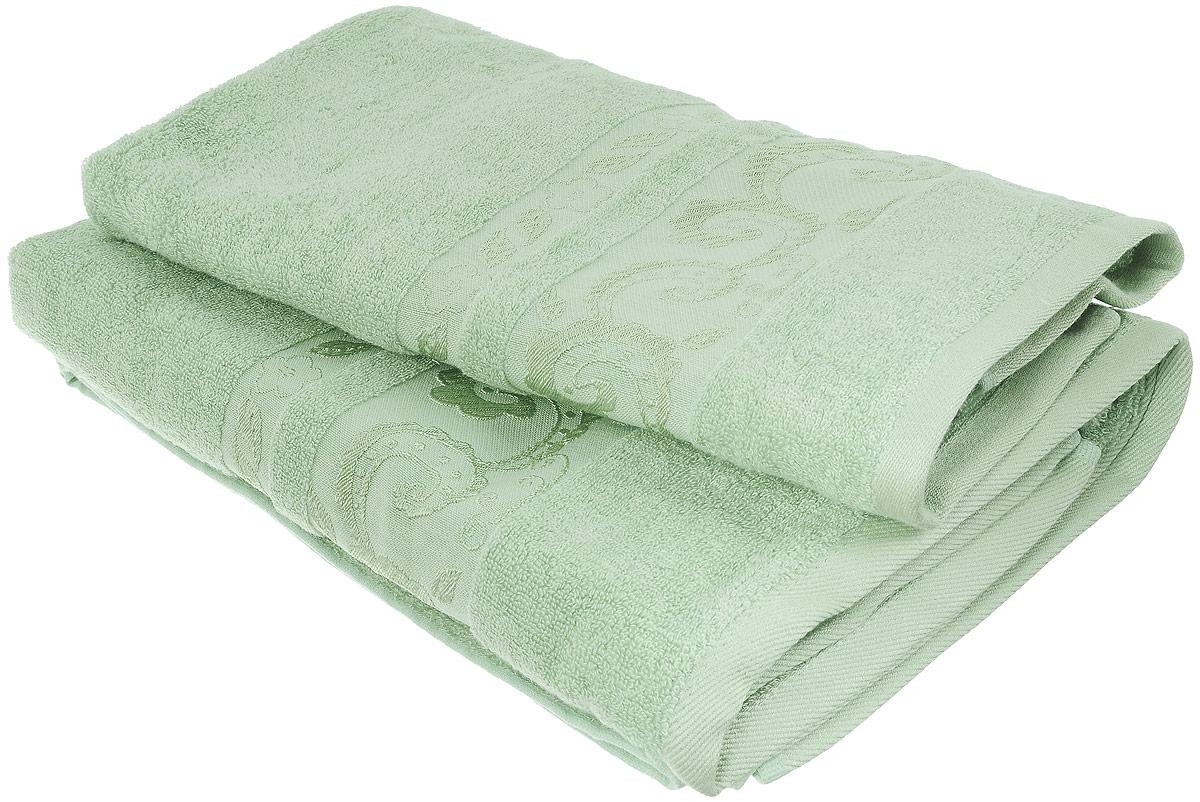 Набор бамбуковых полотенец Home Textile Индийский огурец, цвет: светло-зеленый, 2 шт68/5/3Набор Home Textile Индийский огурец состоит из двух полотенец разного размера, выполненных из бамбука с добавлением хлопка (70% бамбук, 30% хлопок). Полотенца имеют гладкую, шелковистую, приятную на ощупь текстуру, бордюры декорированы принтом индийский огурец. Мягкие и уютные, они прекрасно впитывают влагу, легко стираются и быстро сохнут. Кроме того, бамбуковые полотенца отличаются высокой износоустойчивостью и долгим сроком службы, а также обладают антибактериальными свойствами. Такой набор полотенец подарит массу положительных эмоций и приятных ощущений.Размеры полотенец: 50 х 90 см; 70 х 140 см.