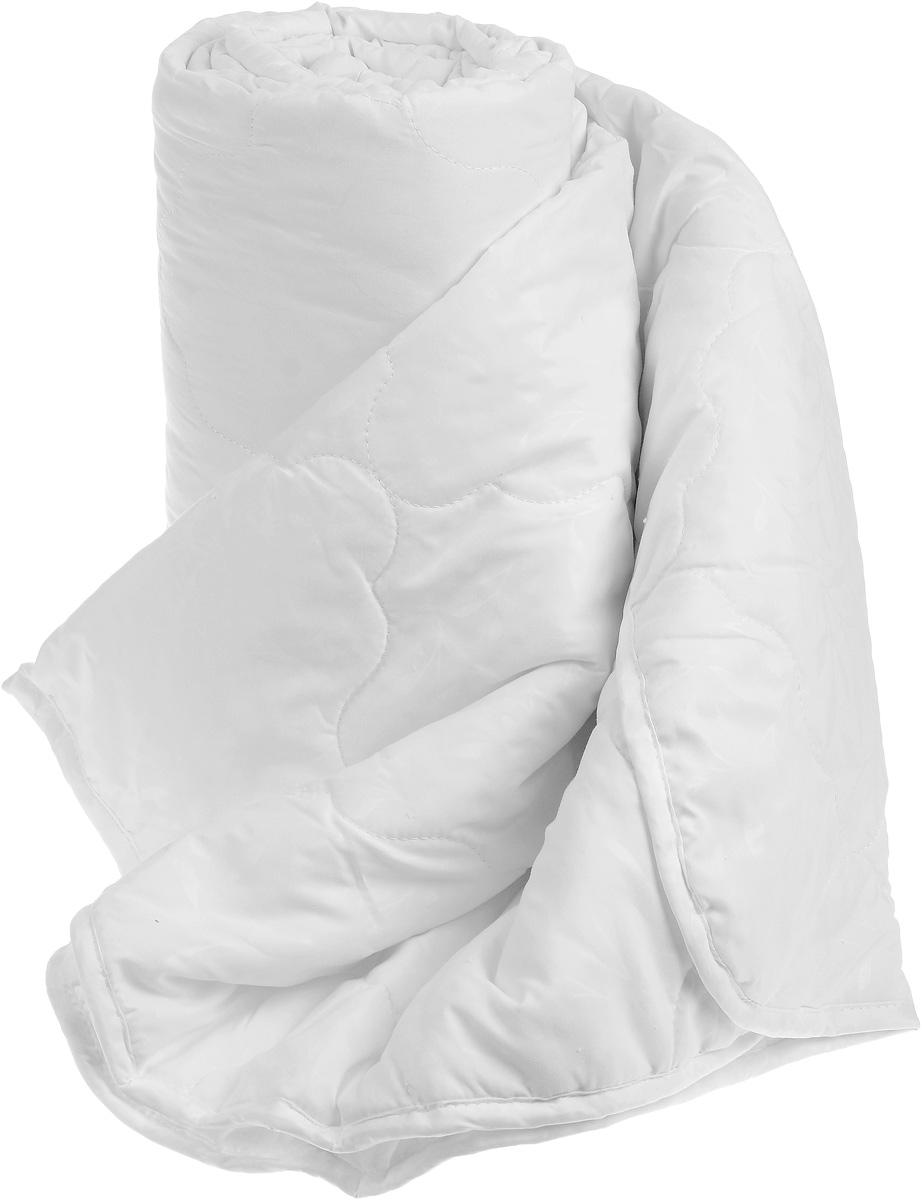 Одеяло Sova & Javoronok, облегченное, наполнитель: бамбук, цвет: белый, 172 х 205 см5030116732Одеяло Sova & Javoronok Бамбук подарит комфорт и уют во время сна. Чехол, выполненный из микрофибры (100% полиэстера), оформлен стежкой и надежно удерживает наполнитель внутри. Волокно на основе бамбука - инновационный наполнитель, обладающий за счет своей пористой структуры хорошей воздухонепроницаемостью и высокой гигроскопичностью, обеспечивает оптимальный уровень влажности во время сна и создает чувство прохлады в жаркие дни. Антибактериальный эффект наполнителя достигается за счет содержания в нем специального компонента, а также за счет поглощения влаги, что создает сухой микроклимат, препятствующий росту бактерий. Основные свойства волокна: - хорошая терморегуляция, - свободная циркуляция воздуха, - антибактериальные свойства, - повышенная гигроскопичность, - мягкость и легкость, - удобство в эксплуатации и легкость стирки. Рекомендации по уходу: - Стирка запрещена. - Не отбеливать, не...