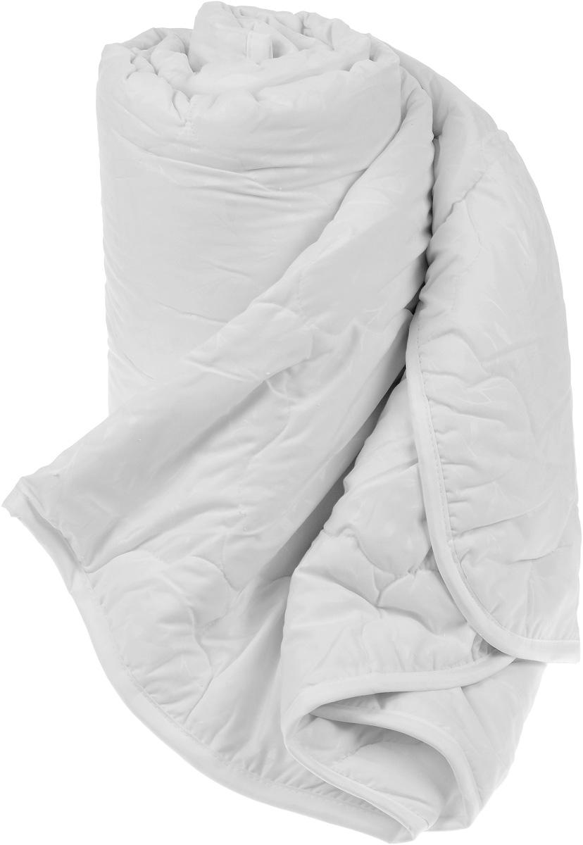 Одеяло Sova & Javoronok, наполнитель: эвкалипт, полиэфирное волокно, 200 х 220 см5030116692Одеяло Sova & Javoronok подарит вам спокойный и комфортный сон. Чехол изделия выполнен из микрофибры (100% полиэстер), оформлен стежкой и надежно удерживает наполнитель внутри. Наполнитель одеяла изготовлен из 10% эвкалипта и 90% полиэфирного волокна. Эвкалиптовое волокно - это уникальный по своим свойствам материал. Он обеспечивает хорошую терморегуляцию, обладает воздухонепроницаемостью и гигроскопичностью, он ультрамягкий, натуральный и долговечный. Изделия с эвкалиптовым наполнителем очень мягкие, дарят свежесть, снимают усталость, восстанавливают энергетический баланс человека. Кроме того, эвкалиптовое волокно не создает благоприятной среды для развития патогенной микрофлоры, поэтому в нем не размножаются микробы и бактерии. Это свойство хорошо влияет на здоровье и самочувствие людей. В состав наполнителя добавлено полиэфирное волокно, которое не впитывает посторонних запахов и легко стирается. Рекомендации по уходу: ...