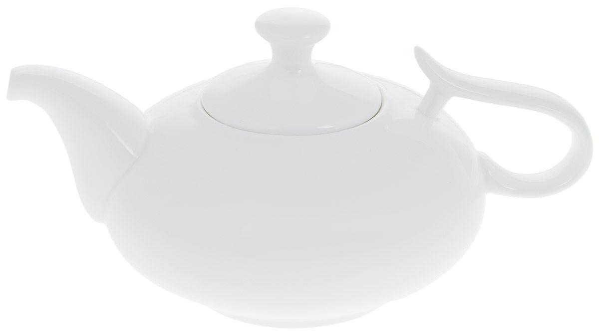 Чайник заварочный Wilmax, 800 мл. WL-994029 / 1CWL-994029 / 1CЗаварочный чайник Wilmax изготовлен из высококачественного фарфора. Глазурованное покрытие обеспечивает легкую очистку. Изделие прекрасно подходит для заваривания вкусного и ароматного чая, а также травяных настоев. Отверстия в основании носика препятствует попаданию чаинок в чашку. Оригинальный дизайн сделает чайник настоящим украшением стола. Он удобен в использовании и понравится каждому. Можно мыть в посудомоечной машине и использовать в микроволновой печи. Диаметр чайника (по верхнему краю): 7 см. Ширина чайника: 14 см. Высота чайника (без учета крышки): 7,5 см. Высота чайника (с учетом крышки): 11 см.