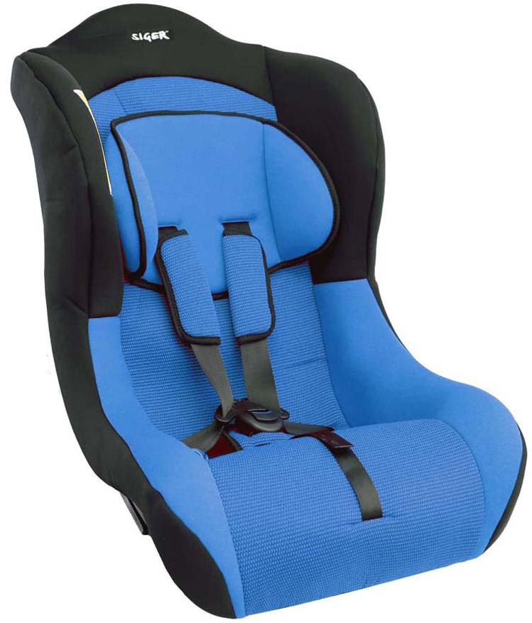Siger Автокресло Тотем цвет синий от 0 до 18 кгCA-3505Автокресло Siger Тотем относится к возрастной группе 0+/1, для детей от рождения до 4 лет, весом до 18 кг.В основе кресла Siger Тотем прочный монолитный каркас. Износостойкий съемный чехол выполнен из нетоксичного гипоаллергенного материала, легко стирается. Ортопедическая форма сиденья создает дополнительное удобство во время поездки. Специальный упор для регулировки угла наклона разработан и запатентован ТМ Siger.Мягкий подголовник, специальная ортопедическая спинка и накладки внутренних ремней повышают уровень комфорта во время поездки.Ярко выраженная боковая защита позволяет повысить уровень безопасности при боковых ударах.Детские удерживающие устройства Siger разработаны и изготовлены в России с учетом анатомии российских детей. Двухпозиционная регулировка внутренних ремней позволяет адаптировать кресло Siger Тотем под зимнюю и летнюю одежду ребенка. Автокресло успешно прошло все необходимые тесты и имеет сертификат соответствия техническому регламенту РФ и таможенному союзу.