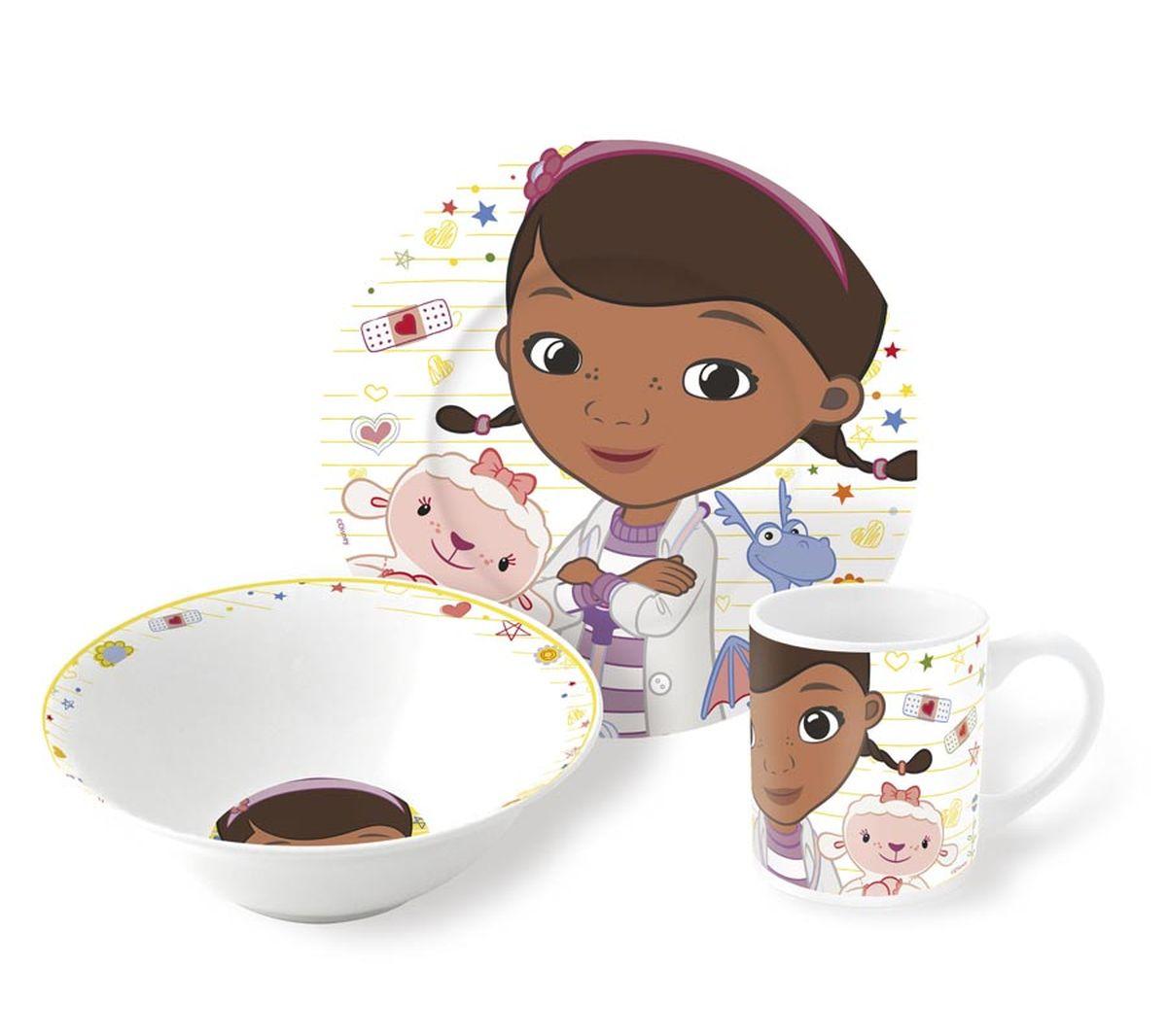 Disney Набор детской посуды Доктор Плюшева 3 предмета78665Набор детской посуды Disney Доктор Плюшева состоит из трех предметов: тарелки, миски и кружки. Изделия выполнены из керамики и оформлены изображениями любимой героини. В наборе есть все необходимое для завтраков, обедов и ужинов. Миска идеальна для супа или каши, а тарелка подойдет абсолютно для любых блюд: горячего или десерта. Яркий красочный дизайн привлечет внимание ребенка и сделает прием пищи веселым занятием. Идеальный по составу набор для всех блюд детям дошкольного возраста.