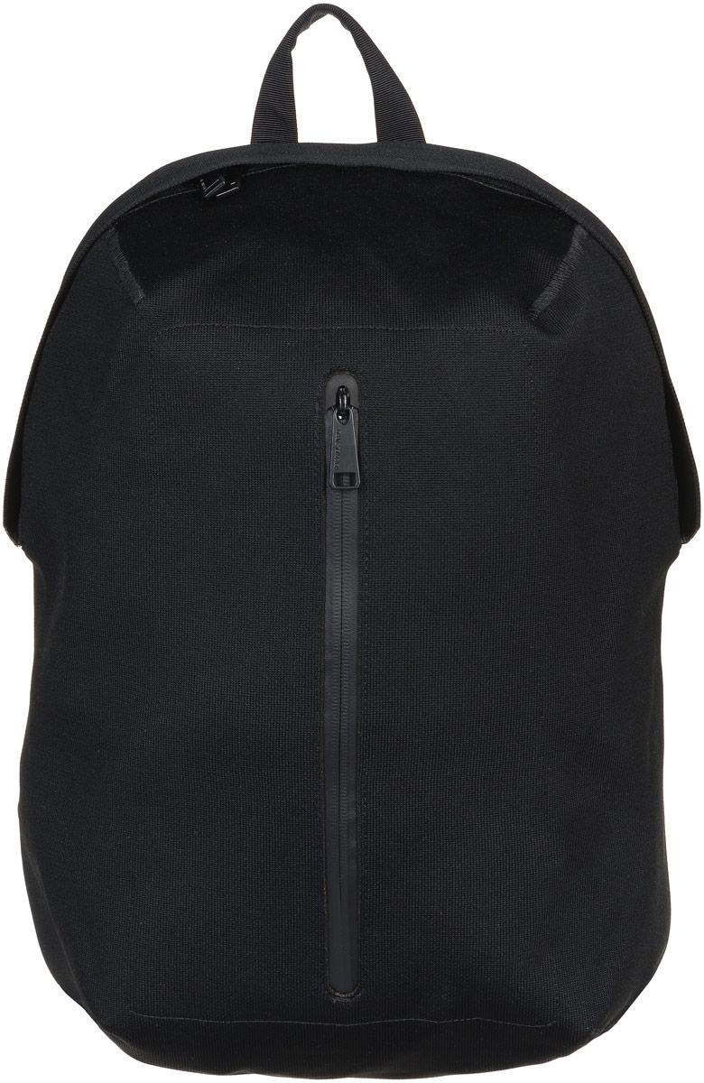 Рюкзак городской Herschel Dayton, цвет: черный, 19 л. 10275-01195-OSBP-001 BKСтильный городской рюкзак Herschel Dayton выполнен из высококачественного полиэстера с практически бесшовной технологией Apexknit. Изделие имеет одно основное отделение, которое закрывается на застежку-молнию. Внутри расположены мягкий карман для ноутбука диагональю 15, накладной открытый карман и три сетчатых накладных кармана. Снаружи, на передней стенке находится прорезной карман с водонепроницаемой застежкой-молнией.Рюкзак оснащен широкими регулирующими лямками с набивкой из поролона двойной плотности и удобной ручкой для переноски в руках. Уплотненная спинка с ячеечной набивкой обеспечивает комфорт во время носки. Стильный рюкзак идеально подойдет для повседневного использования.