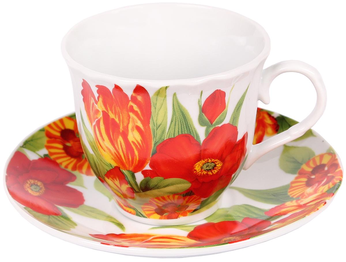 Чайная пара Bella, 2 предмета. DL-F1GB-037115510Чайная пара Bella состоит из чашки и блюдца, изготовленных из высококачественного фарфора. Оригинальный яркий дизайн, несомненно, придется вам по вкусу.Чайная пара Bella украсит ваш кухонный стол, а также станет замечательным подарком к любому празднику.Объем чашки: 220 мл.