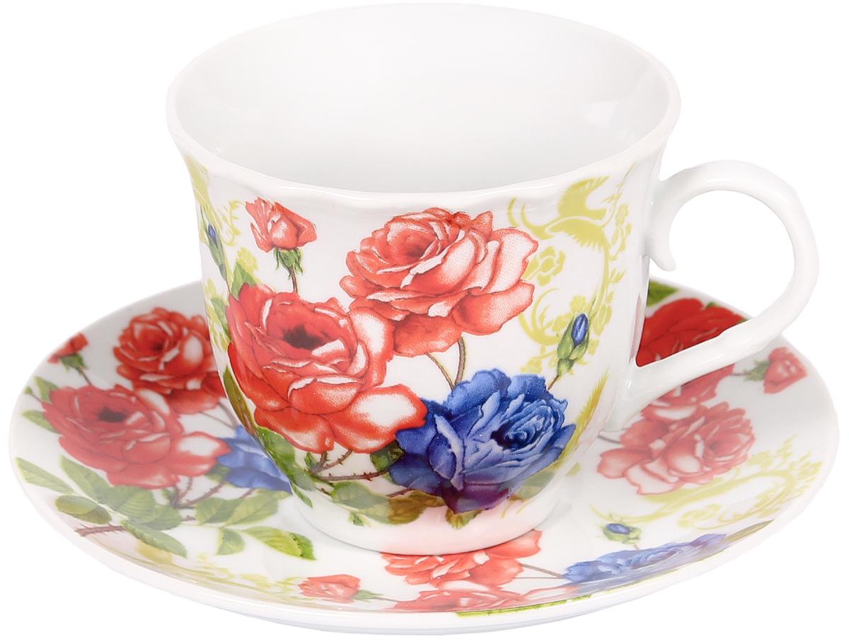 Чайная пара Bella, 2 предмета. DL-F1GB-173115610Чайная пара Bella состоит из чашки и блюдца, изготовленных из высококачественного фарфора. Оригинальный яркий дизайн, несомненно, придется вам по вкусу.Чайная пара Bella украсит ваш кухонный стол, а также станет замечательным подарком к любому празднику.Объем чашки: 220 мл.