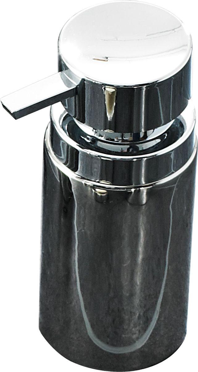 Дозатор для жидкого мыла Ridder Elegance, цвет: хром22220500Дозатор для жидкого мыла Ridder, изготовленный из керамики и стали, отлично подойдет для вашей ванной комнаты. Такой аксессуар очень удобен в использовании, достаточно лишь перелить жидкое мыло в дозатор, а когда необходимо использование мыла, легким нажатием выдавить нужное количество. Дозатор для жидкого мыла Ridder создаст особую атмосферу уюта и максимального комфорта в ванной. Объем дозатора: 210 мл.