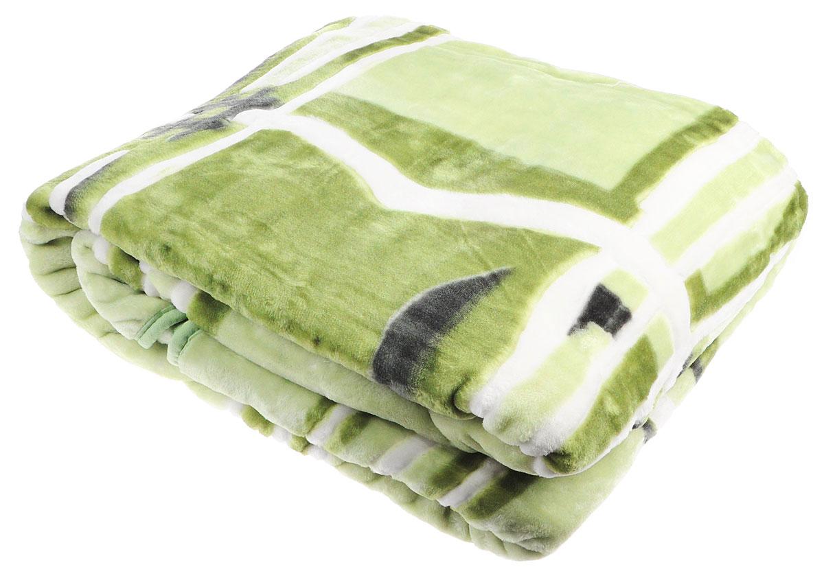 Плед Toledo, стриженый, цвет: зеленый, 200 х 240 см59847Плед  Toledo - это идеальное решение для вашего интерьера! Он порадует вас легкостью, нежностью и оригинальным дизайном! Плед выполнен из 100% полиэстера. Полиэстер считается одной из самых популярных тканей. Это материал синтетического происхождения из полиэфирных волокон. Внешне такая ткань схожа с шерстью, а по свойствам близка к хлопку. Изделия из полиэстера не мнутся и легко стираются. После стирки очень быстро высыхают. Плед - это такой подарок, который будет всегда актуален, особенно для ваших родных и близких, ведь вы дарите им частичку своего тепла! Плотность: 645 г/м2