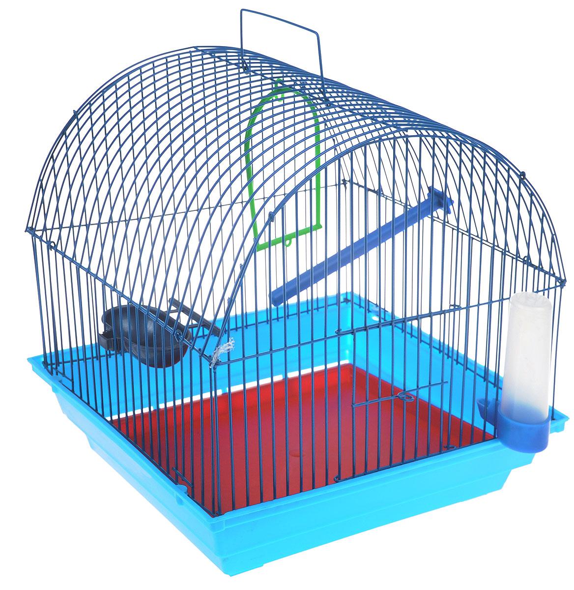 Клетка для птиц ЗооМарк, цвет: голубой поддон, синяя решетка, 35 х 28 х 34 см420_голубой, синийКлетка ЗооМарк, выполненная из полипропилена и металла с эмалированным покрытием, предназначена для мелких птиц. Изделие состоит из большого поддона и решетки. Клетка снабжена металлической дверцей. В основании клетки находится малый поддон. Клетка удобна в использовании и легко чистится. Она оснащена жердочкой, кольцом для птицы, поилкой, кормушкой и подвижной ручкой для удобной переноски. Комплектация: - клетка с поддоном, - малый поддон; - поилка; - кормушка; - кольцо.