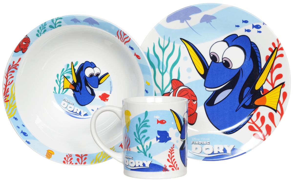 Disney Набор детской посуды В поисках Дори 3 предмета46365Набор детской посуды Disney В поисках Дори, выполненный из керамики, состоит из кружки, тарелки и миски. Изделия оформлены изображением героев мультфильма В поисках Дори. Материал изделий нетоксичен и безопасен для детского здоровья. Детская посуда удобна и увлекательна для вашего малыша. Привычная еда станет более вкусной и приятной, если процесс кормления сопровождать игрой и сказками о любимых героях. Красочная посуда является залогом хорошего настроения и аппетита ваших детей. Можно использовать в СВЧ-печи и посудомоечной машине.