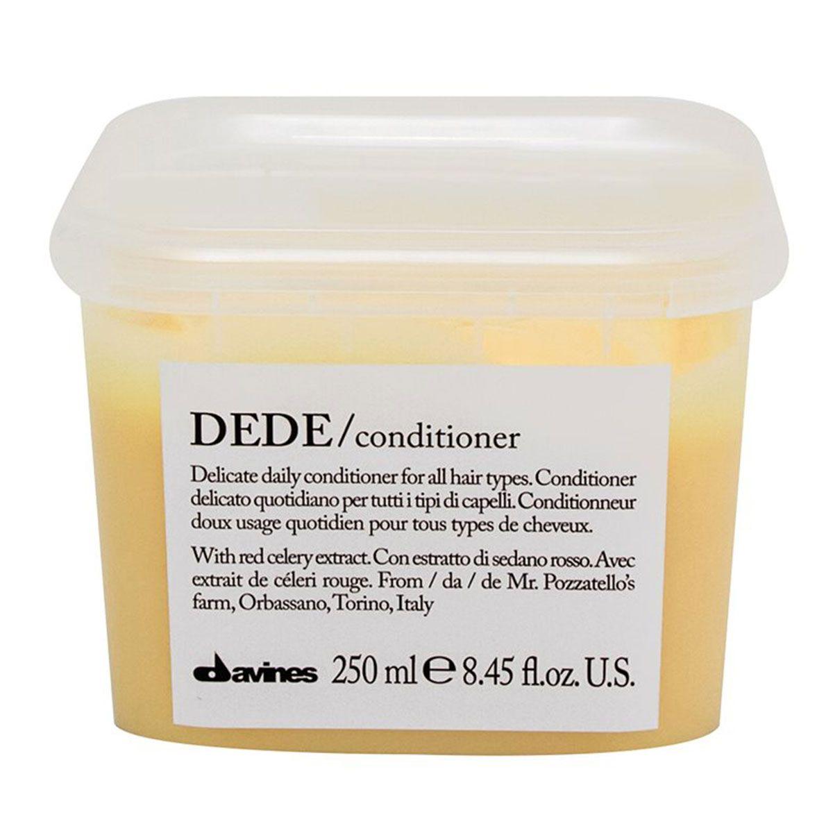 Davines Деликатный кондиционер Essential Haircare New Dede Conditioner, 250 млFS-00897Особая серия для бережного очищения волос любого типа. Активный экстракт красного сельдерея восстанавливает и питает локоны. Богатая важными антиоксидантами формула восстанавливает локоны. Минеральные соли, амино кислоты в высокой концентрации обеспечивают благоприятное воздействие на кудри, полностью очищают волосы, дарят им свежесть и чистоту.