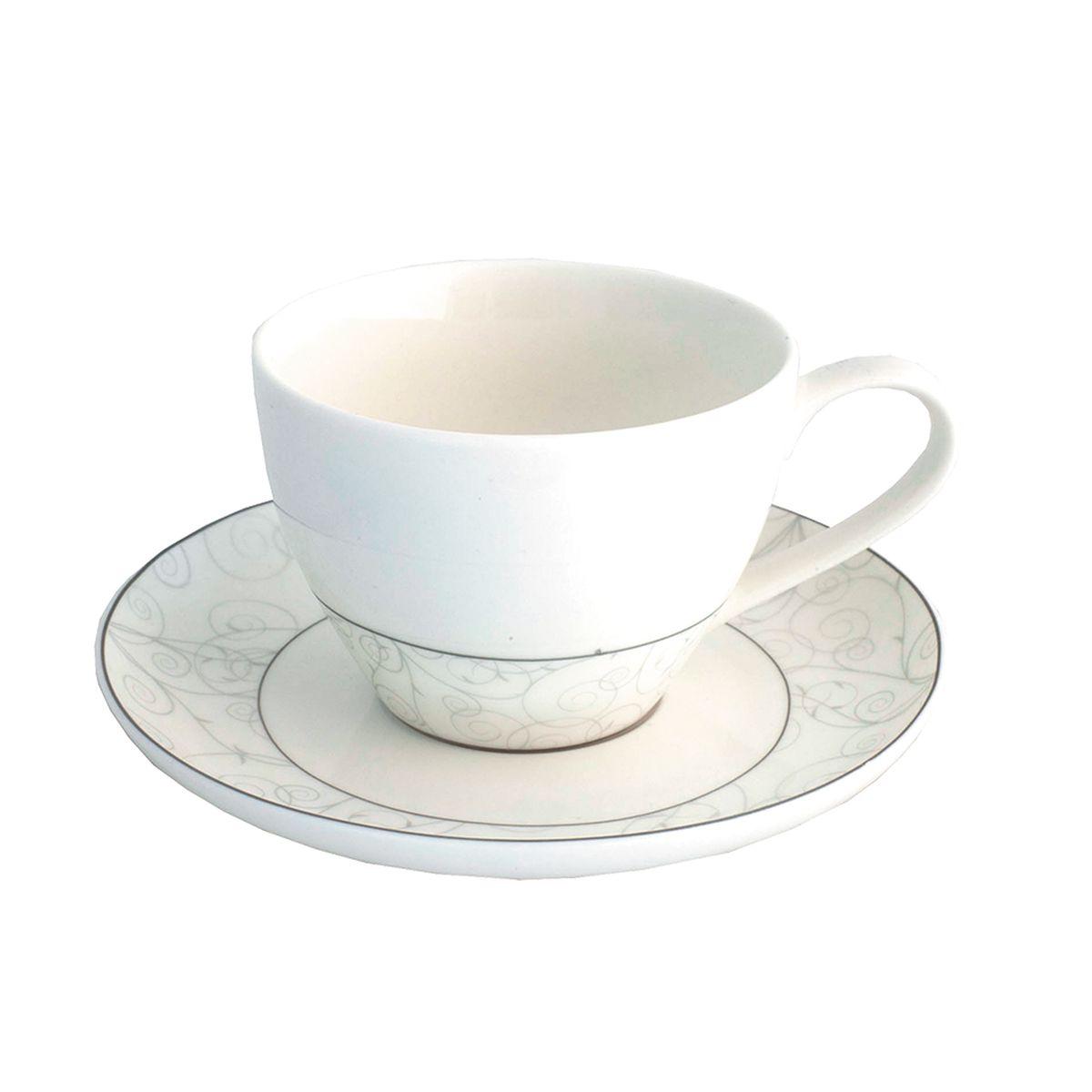 Набор чайный Esprado Florestina, 12 предметовFLO031SE304Чайный набор Esprado Florestina состоит из шести чашек и шести блюдец, изготовленных из высококачественного костяного фарфора. Над созданием дизайна коллекций посуды из фарфора Esprado работает международная команда высококлассных дизайнеров, не только воплощающих в жизнь все новейшие тренды, но также и придерживающихся многовековых традиций при создании классических коллекций. Посуда из костяного фарфора будет идеальным выбором, для тех, кто предпочитает красивую современную посуду из высококачественного материала, которая отличается высокой прочностью и подходит для ежедневного использования. Сдержанный блеск серебра в сочетании с утонченными узорами на идеальном фоне из высококачественного костяного фарфора - европейская изысканность коллекции Florestina даже самый обычный ужин превратит в праздник! Можно использовать в микроволновки печи и мыть в посудомоечной машине.