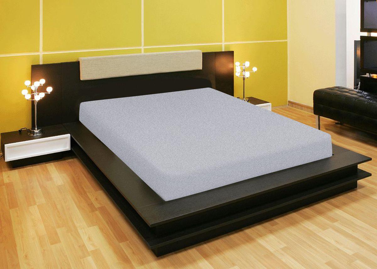 Простыня Amore Mio, на резинке, цвет: серый, 200 х 200 см80230Компания «Текстиль Репаблик», уже более 20-ти лет успешно работающая на Российском рынке текстильных товаров для дома, предлагает трикотажные простыни на резинке « Amore Mio». Продукты торговой марки «Amore Mio» зарекомендовали себя исключительно с самой лучшей стороны: сочетающие в себе высокое качество, экологичность, отличные потребительские свойства со сдержанным уровнем цен. Трикотажная простыня на резинке - это уникальный товар, великолепная находка для дома, поскольку сочетает в себе универсальность и удобство. Она легко и ровно фиксируется на поверхности спального места, без замятых или скомканных областей и не съезжает во время сна. Помимо классической функции простыни она исполняет роль защитного чехла для вашего матраца (наматрацник). Трикотажные простыни на резинке «Amore Mio» произведены из качественной 100% хлопковой кулирки. Они обладают высокими тактильными характеристиками, замечательно отводят излишнюю влагу, хорошо пропускают воздух, не нуждаются в глажке, не