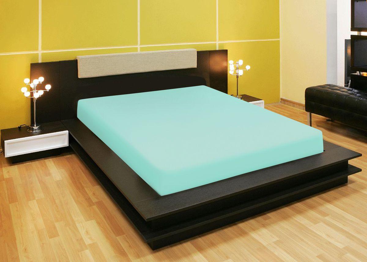 Простыня Amore Mio, на резинке, цвет: зеленый, 200 х 200 см80235Компания «Текстиль Репаблик», уже более 20-ти лет успешно работающая на Российском рынке текстильных товаров для дома, предлагает трикотажные простыни на резинке « Amore Mio». Продукты торговой марки «Amore Mio» зарекомендовали себя исключительно с самой лучшей стороны: сочетающие в себе высокое качество, экологичность, отличные потребительские свойства со сдержанным уровнем цен. Трикотажная простыня на резинке - это уникальный товар, великолепная находка для дома, поскольку сочетает в себе универсальность и удобство. Она легко и ровно фиксируется на поверхности спального места, без замятых или скомканных областей и не съезжает во время сна. Помимо классической функции простыни она исполняет роль защитного чехла для вашего матраца (наматрацник). Трикотажные простыни на резинке «Amore Mio» произведены из качественной 100% хлопковой кулирки. Они обладают высокими тактильными характеристиками, замечательно отводят излишнюю влагу, хорошо пропускают воздух, не нуждаются в глажке, не
