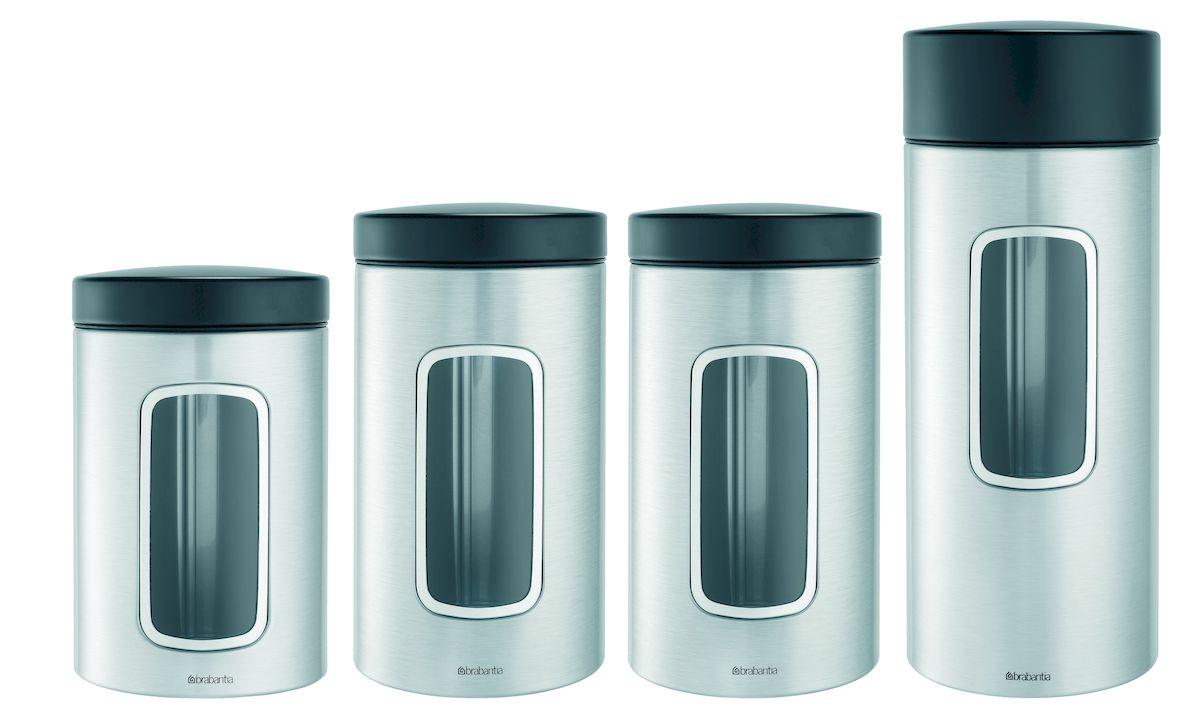 Набор контейнеров с окном Brabantia, 4 предмета386725Ищете удобный и эстетичный вариант для хранения кофе, чая, сахара и других продуктов? Предлагаем идеальное решение – набор контейнеров цилиндрической формы емкостью 1,4, 1,7 и 2,2 литра для сыпучих продуктов. Специальная защелкивающаяся крышка не пропускает запах, сохраняя аромат и свежесть продуктов. Контейнеры предлагаются также с прозрачным окошком из антистатических материалов, позволяющим видеть оставшееся количество содержимого Практичное решение для хранения кофе, чая, макаронных изделий и других продуктов, позволяющее дольше сохранять их свежесть; Контейнер имеет гладкую внутреннюю поверхность и легко чистится; Прозрачное окошко из антистатических материалов, благодаря которому Вы всегда знаете, что и в каком количестве содержится в каждом контейнере; Контейнер вмещает 500 г кофе, 1кг сахара; Изготовлен из коррозионностойкой крашеной или лакированной стали с защитным цинкалюминиевым покрытием; Специальная защелкивающаяся не пропускающая запах...