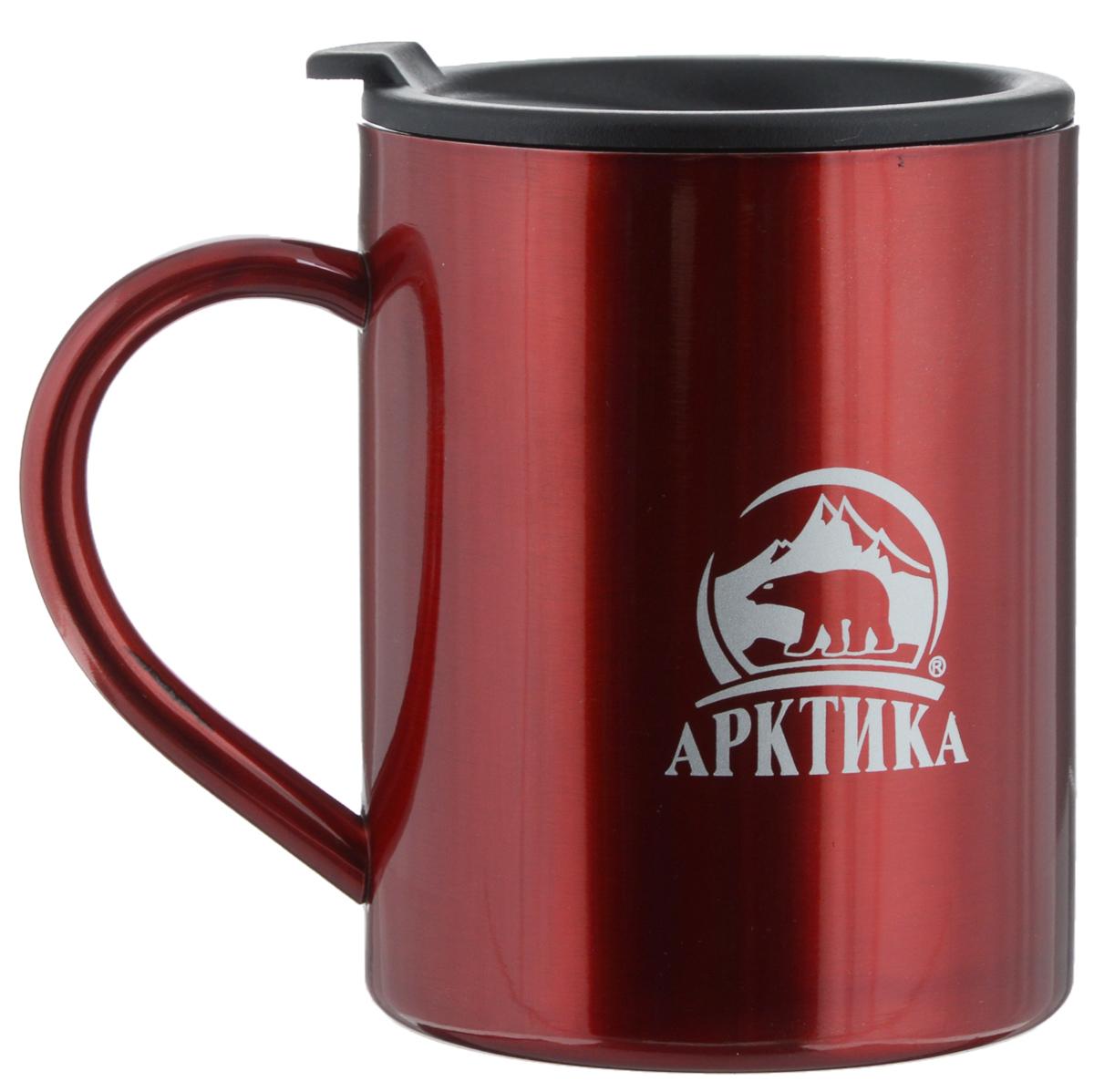 Термокружка Арктика, цвет: красный, черный, 400 млa026124Термокружка Арктика, изготовленная из высококачественной нержавеющей стали и пищевого пластика, подходит как для холодных, так и для горячих напитков. Имеется пластиковая крышка с силиконовой вставкой. В ней расположено отверстие, через которое можно пить.Не рекомендуется использовать в микроволновой печи и мыть в посудомоечной машине.Диаметр кружки (по верхнему краю): 8 см. Высота кружки (без учета крышки): 10 см.