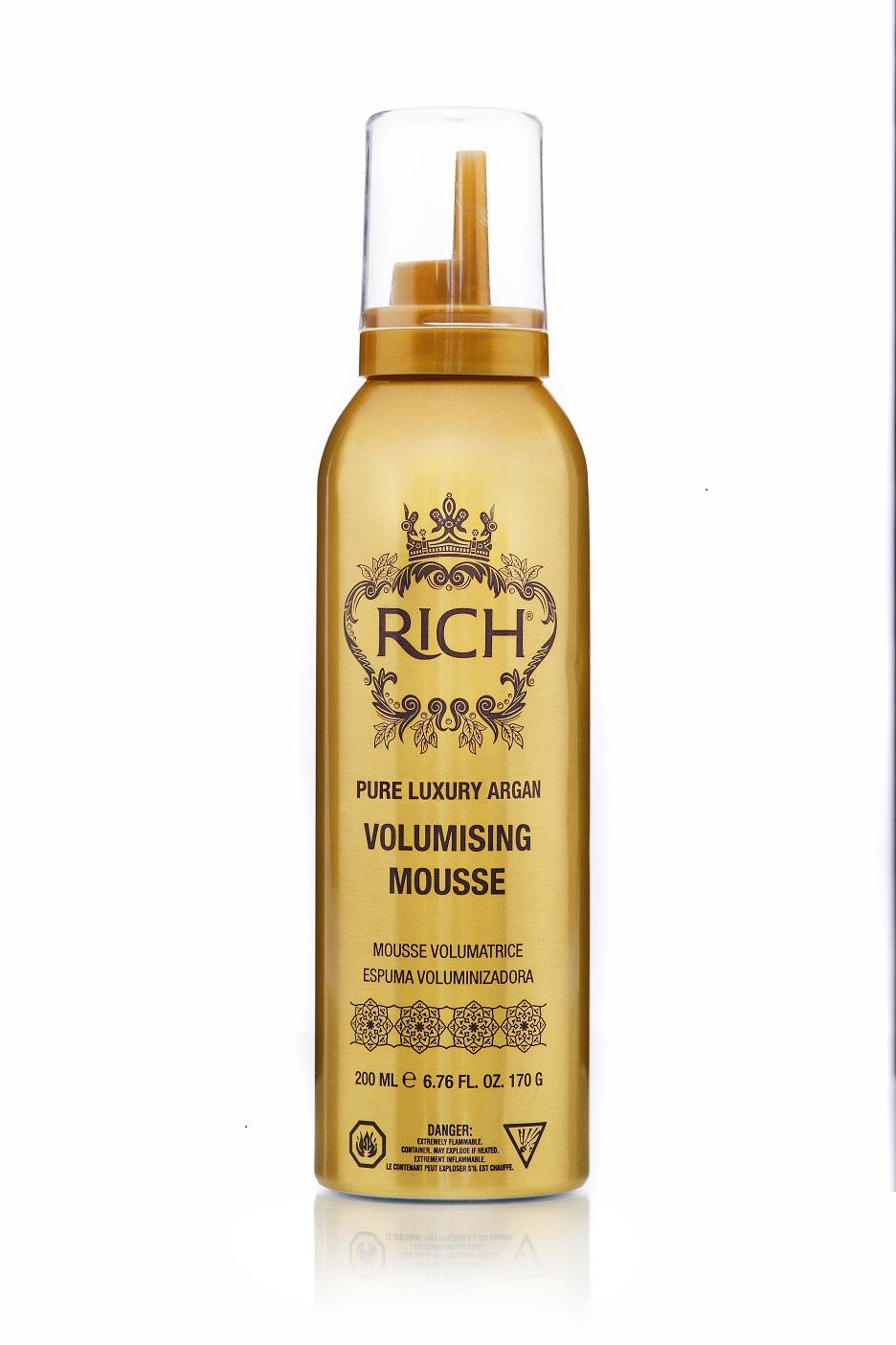 Rich Мусс для укладки на основе арганового масла, 200млMP59.4DМусс добавляет существенный объем волосам от самых корней и создает ощущение великолепной копны волос. Входящее в состав мусса аргановое масло питает и смягчает волосы, делает их гладкими, блестящими и легкими. Даже кудрявые, жесткие и капризные волосы становятся послушными при создании формы - гибкими, струящимися и полными сил. Мусс защитит ваши волосы и сохранит цвет от воздействия высоких температур при укладке феном, щипцами и при пользовании термо бигуди.