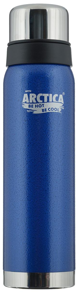 Термос Арктика, цвет: синий, стальной, 0,9 л. 106-900a026124Традиционный дизайн обрамленный в классические цвета американского термоса Арктика радует глаз. Этот термос с узким горлом обладает приятной эргономикой и отлично лежит в руке.Яркая краска на корпусе - это особая молотковая эмаль, повредить которую получится не у всякого. Вкупе с прочной пищевой нержавеющей сталью это покрытие надежно охраняет самое ценное в термосе - вакуум между стенками корпуса и колбы. Вакуум, в свою очередь, надежно оберегает содержимое термоса от нагрева или охлаждения - круглый год он будет вам надежным товарищем и верным спутником.Крышка разделяется на 2 сосуда, которые можно использовать в качестве стаканов.Диаметр горлышка: 4,4 см.Диаметр основания: 7,8 см.Высота термоса (с учетом крышки): 30,5 см.Время сохранения температуры (холодной и горячей): 28 часов.