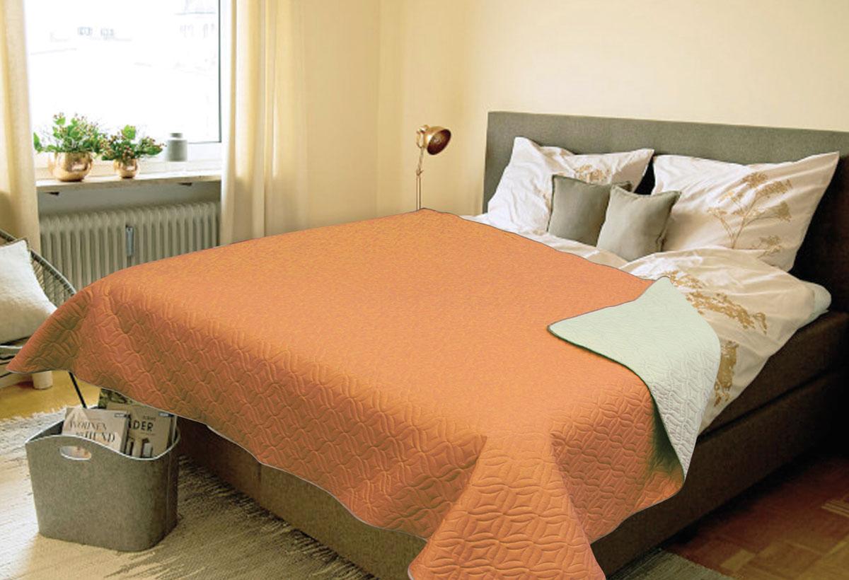 Покрывало Amore Mio Verdo, евро, цвет: оранжевый3121041620Роскошное покрывало Amore Mio Verdo идеально для декора интерьера в различных стилевых решениях. Однотонное изделие изготовлено из высококачественного полиэстера и оформлено рельефным рисунком. Каждая сторона имеет свой цвет, поэтому настроение можно поменять, лишь перевернув покрывало на другую сторону. Покрывало приятное, мягкое, легкое, может послужить не только на кровати, но и в качестве облегченного одеяла, а также как дорожного пледа, великолепно в качестве покрывала для пикников. Занимает мало места, легко стирается, неприхотливо в уходе.