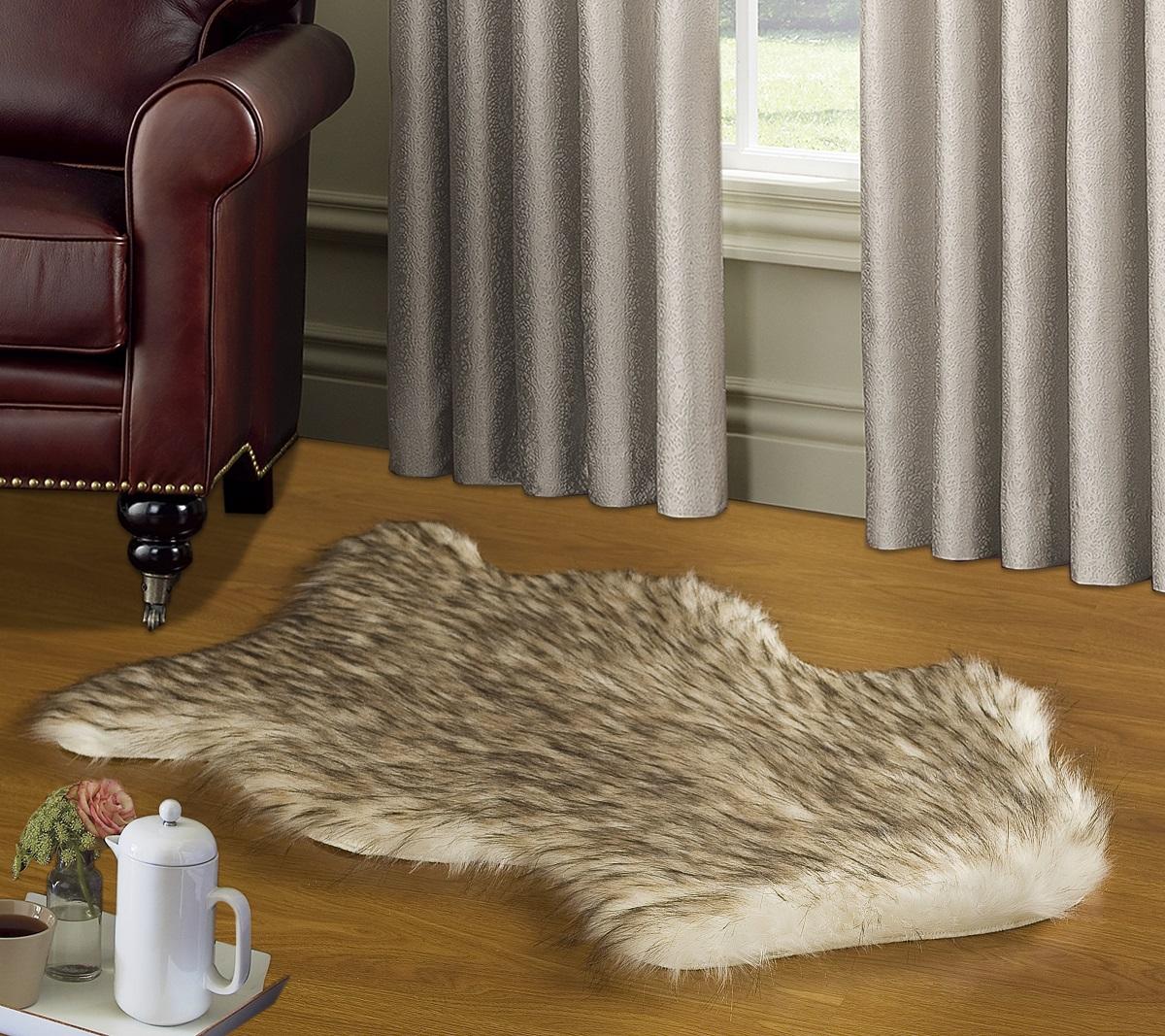 Коврик Modalin Manal, цвет: бежевый, 50 х 90 см17102019Коврик Modalin Manal выполнен из искусственного меха. Изделие долго прослужит в вашем доме, добавляя тепло и уют, а также внесет неповторимый колорит в интерьер.