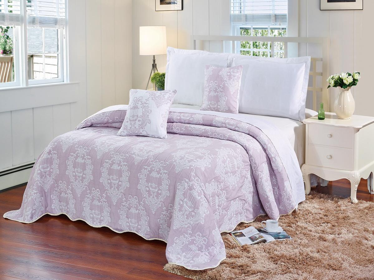 Покрывало Cleo Грация, цвет: розовый, 240 х 260 см290/001(1)-24-BRКрасивые, яркие, легкие и в меру объемные покрывала - они становятся настоящим украшением, завершающим штрихом интерьера, который преображает помещение, делая его уютным и комфортным. Состав этой коллекции - 100% хлопок. Это необыкновенно прочная, практичная, устойчивая к разнообразным воздействиям ткань. Рисунок, выполненный методом тиснения, сохраняет краски в течение долгого времени. Такое покрывало прослужит много лет, радуя вас и ваших близких изначальной яркостью своих красок.
