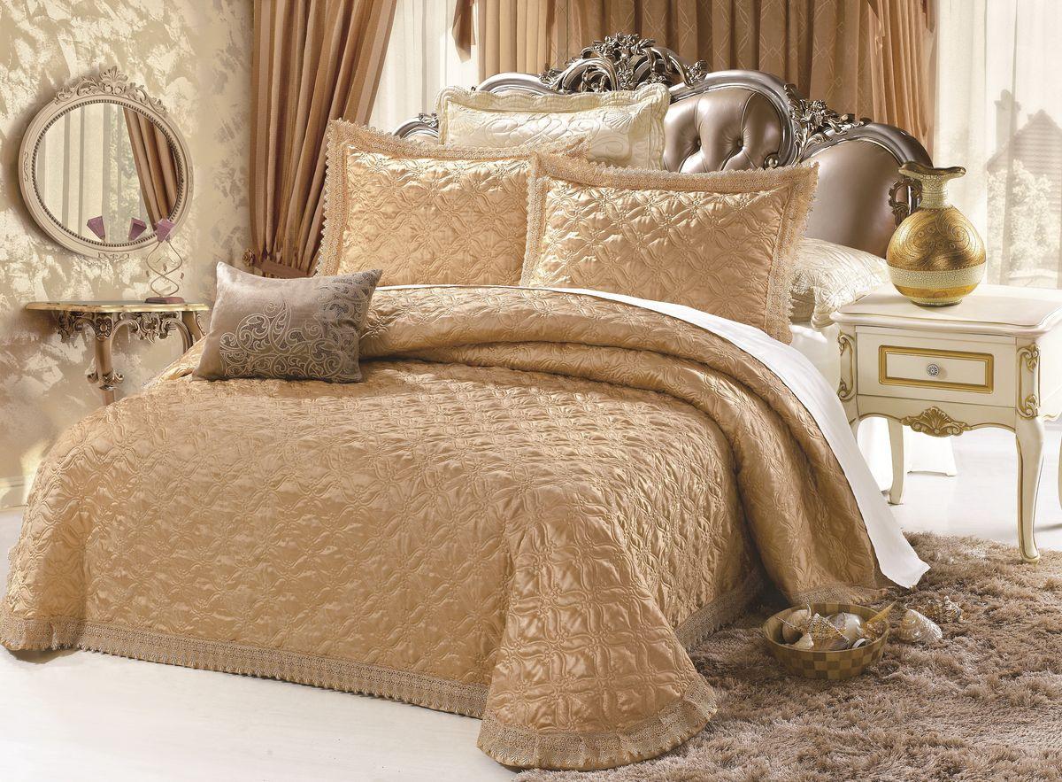 Комплект для спальни Cleo Бельмонте: покрывало 240 х 260 см, 2 наволочки 50 х 70 смUP110DFИзысканный комплект для спальни с наволочками Cleo Жаккард - это роскошь интерьера вашей спальни! Жаккард - сложное переплетение нитей, в процессе такой технологии поверхность становится идеально ровной и без ворсистой, а рисунок - выпуклый. Комплект состоит из покрывала и двух наволочек. Изделия выполнены из хлопка и вискозы, легкие, прочные и износостойкие. Размер покрывала: 240 х 260 см.Размер наволочки: 50 х 70 см.
