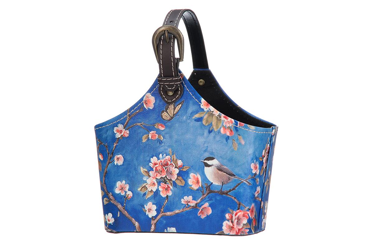 Сумка для хранения El Casa Птица в сакуре, 21 х 12 х 24 см171482Интерьерная сумка El Casa Птица в сакуре, выполненная в винтажном стиле, будто специально предназначена для хранения любовных писем и любых других дорогих сердцу вещей. Благодаря регулируемой длине ручки, прекрасному дизайну и необычной форме, такая сумка будет отлично смотреться в вашей гостиной или коридоре. Сумка El Casa Птица в сакуре станет отличным подарком для ваших друзей и близких.