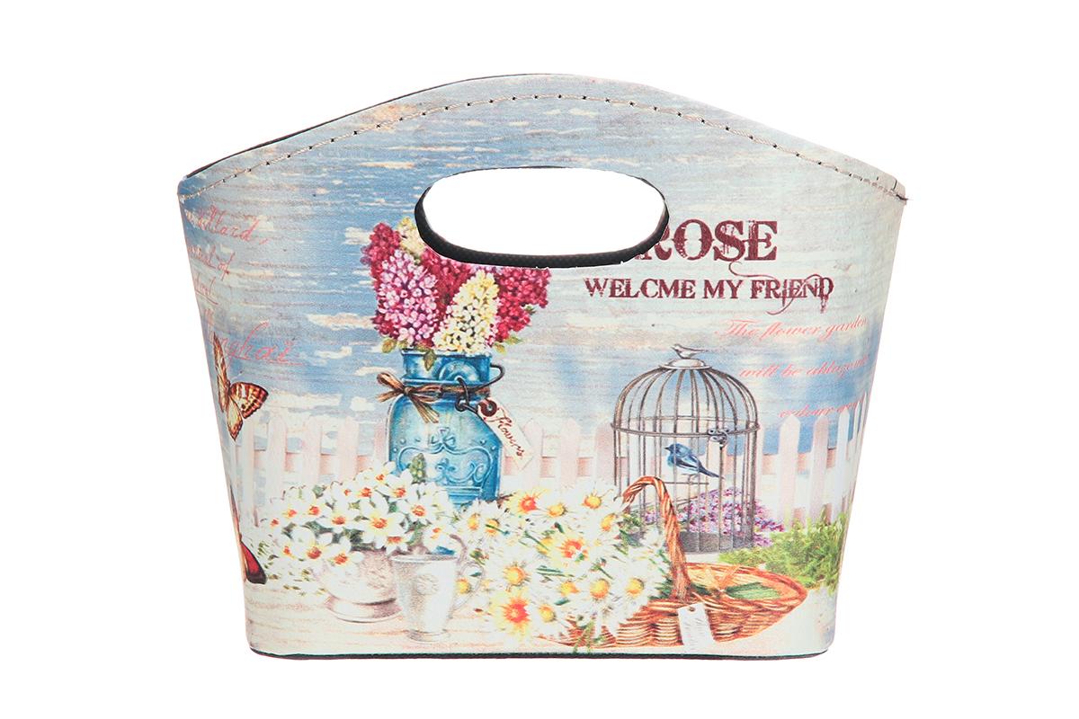 Сумка для хранения El Casa Сирень и ромашки, 20 х 11 х 16 см171500Интерьерная сумка El Casa Сирень и ромашки, выполненная в винтажном стиле, будто специально предназначена для хранения любовных писем и любых других дорогих сердцу вещей. Благодаря прекрасному дизайну и необычной форме будет отлично смотреться в вашей гостиной или коридоре. Сумка El Casa Сирень и ромашки станет отличным подарком для ваших друзей и близких.