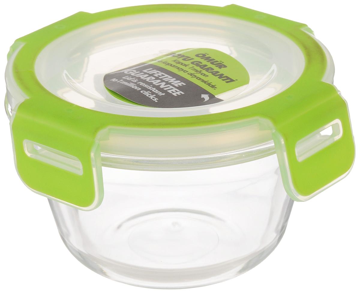 Контейнер для хранения продуктов Pasabahce Storemax, 340 мл53512Контейнер Pasabahce Storemax, выполненный из высококачественного закаленного стекла, предназначен для хранения продуктов. Благодаря высокому качеству материала и герметичной пластиковой крышке с защелками продукты в контейнере дольше сохранят свежесть, сочность и аромат. Крышка имеет силиконовую вставку, предотвращающую выскальзывание контейнера из рук при открывании. Можно мыть в посудомоечной машине и использовать в микроволновой печи. Подходит для хранения в холодильнике. Размер контейнера: 11,8 х 11,8 см. Высота (без учета крышки): 6,7 см. Объем: 340 мл.