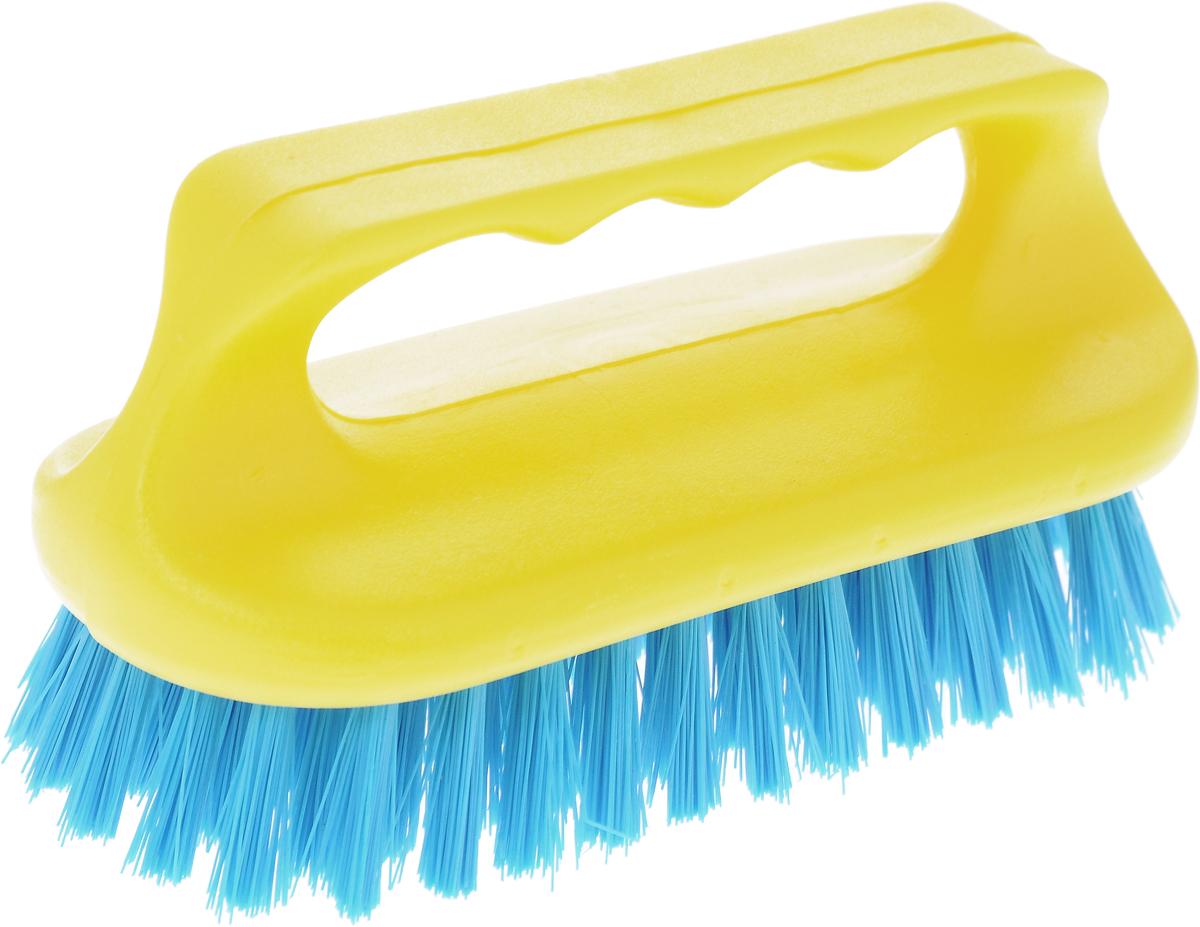 Щетка для ванны Хозяюшка Мила Сальвия, цвет: желтый, синий24006_желтый/синийЩетка для ванны Хозяюшка Мила Сальвия, изготовленная из высокопрочного пластика, идеально подходит для снятия сильных загрязнений. Удобная ручка делает процесс чистки комфортным, а форма щетки позволяет хорошо чистить даже труднодоступные места. Щетина средней жесткости не повреждает поверхность. Длина щетины: 2,5 см.