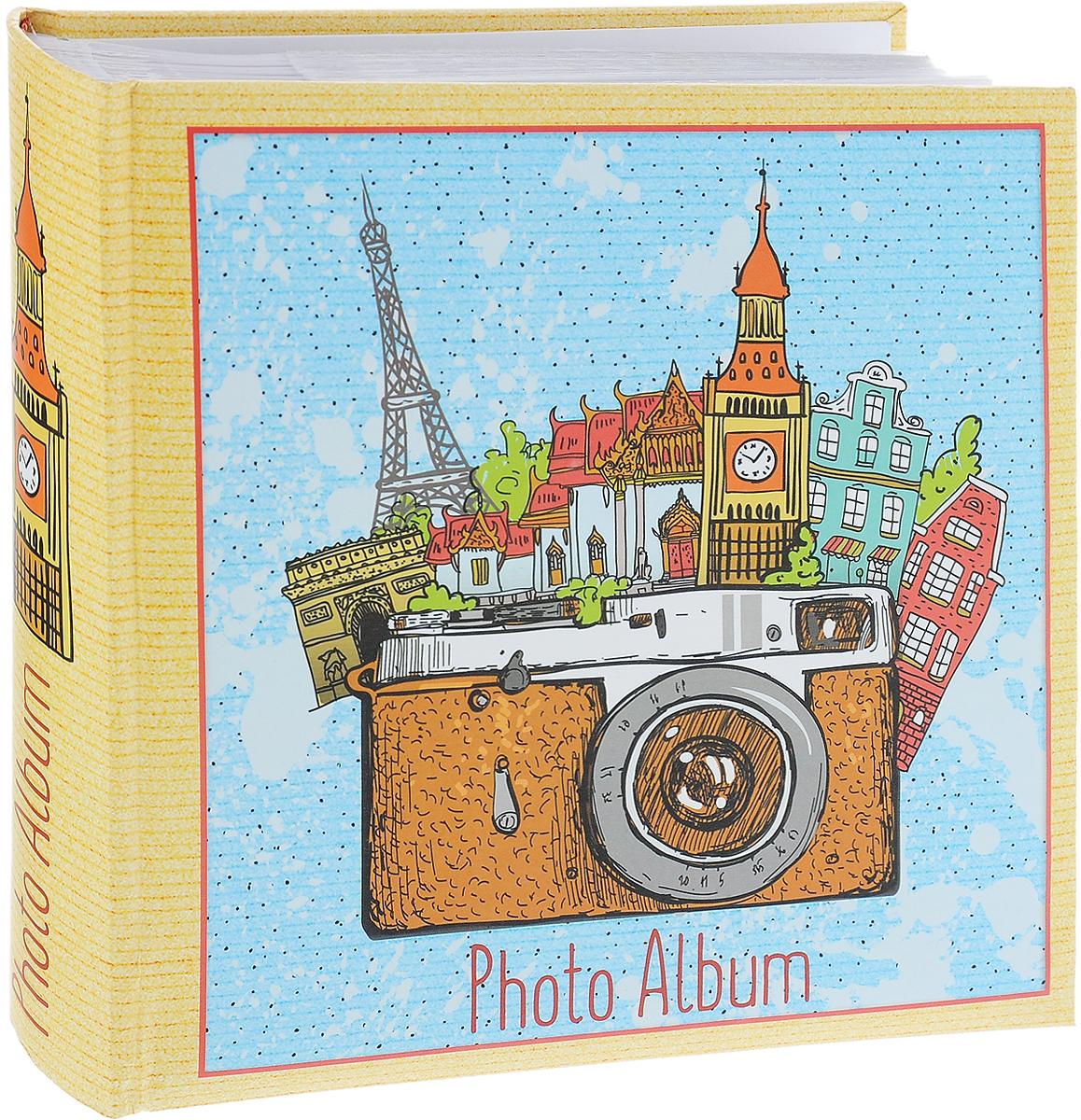 Фотоальбом Magic Home Фототур, цвет: желтый, голубой, коричневый, на 200 фотографий, 10 х 15 см41293Фотоальбом Magic Home Фототур поможет красиво оформить ваши самые интересные фотографии. Обложка, выполненная из толстого картона, оформлена красивым изображением. Внутри содержится блок из 50 белых листов с фиксаторами-окошками из полипропилена. Альбом рассчитан на 200 фотографий формата 10 х 15 см (по 2 фотографии на странице). Переплет - книжный. Фотоальбом имеет поля для записей, что позволит подписать фотографии. Нам всегда так приятно вспоминать о самых счастливых моментах жизни, запечатленных на фотографиях. Поэтому фотоальбом является универсальным подарком к любому празднику. Количество листов: 50 шт. Размер фотоальбома: 22 х 22 см.