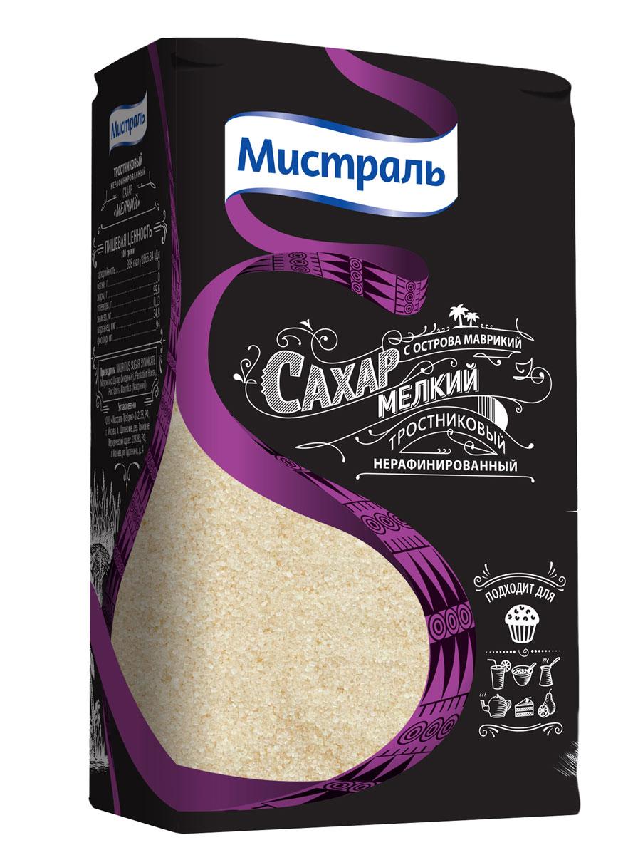 Мистраль Сахар коричневый Мелкий, 1 кг58001Нерафинированный сахар получают путем выпаривания из свежевыжатого сока сахарного тростника, насыщенного патокой. Богатая полезными веществами тростниковая патока придает сахару золотистый цвет и карамельный аромат. При росте сахарных кристаллов полезная патока концентрируется в верхних слоях, обволакивая прозрачную молекулу сахарозы. Благодаря этому сахарные кристаллы имеют насыщенный золотистый цвет, а при погружении в жидкость тростниковая патока растворяется первой.
