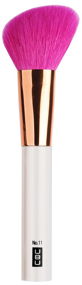 UBU Кисть для румян, скошенная, №11, цвет: розовый, золотой19-5027_розовый,золотойМоделируй лицо с нашей кистью. Удобная форма кисти поможет легко подчеркнуть скулы и смоделировать черты лица.