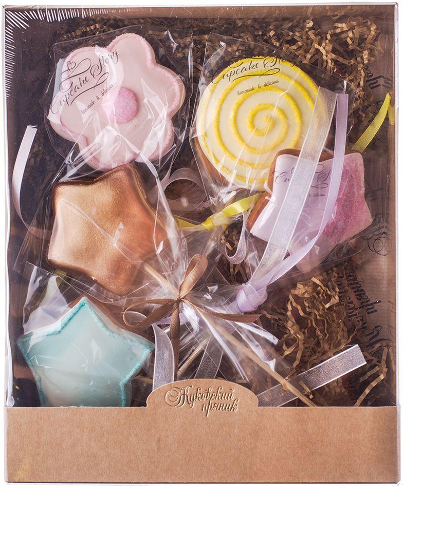 Жуковский пряник Подарочный набор Чудеса феи 2, 5 шт0120710Медово-имбирные пряники с росписью из айсинга, фотопечатью на сахарной бумаге. Отлично подходят для детей от 3-х лет.