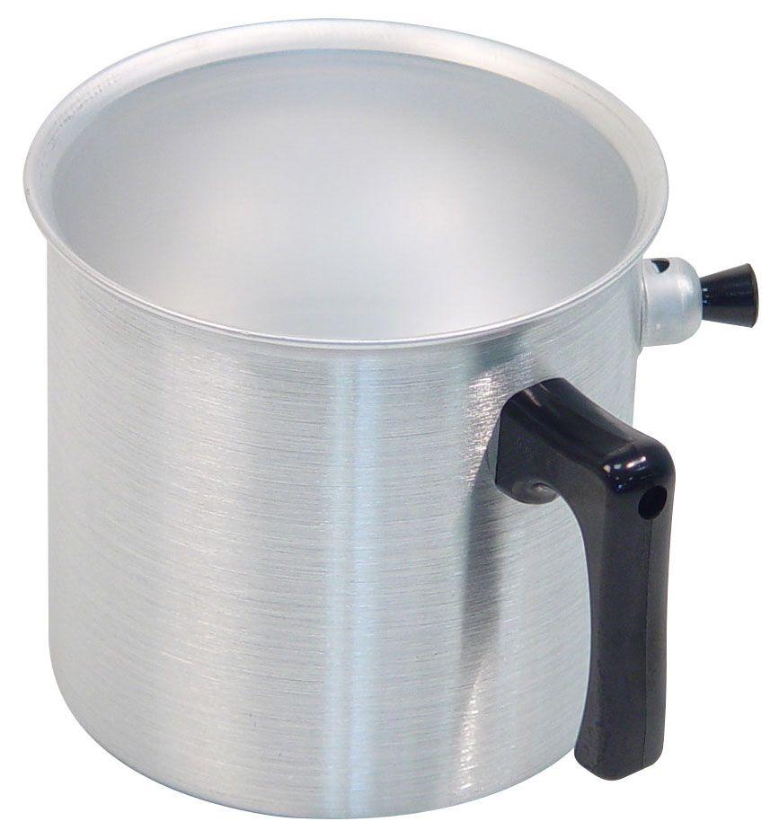 Ковш Axentia, 2 л94672Ковш Axentia, выполненный из полированного алюминия, предназначен для приготовления блюд на медленном огне без пригорания. Идеален для приготовления молочных продуктов, детского питания и диетических блюд. Ручка ковша выполнена из термопластика.Подходит для всех типов плит и варочных панелей, в том числе индукционных. Можно мыть в посудомоечной машине.