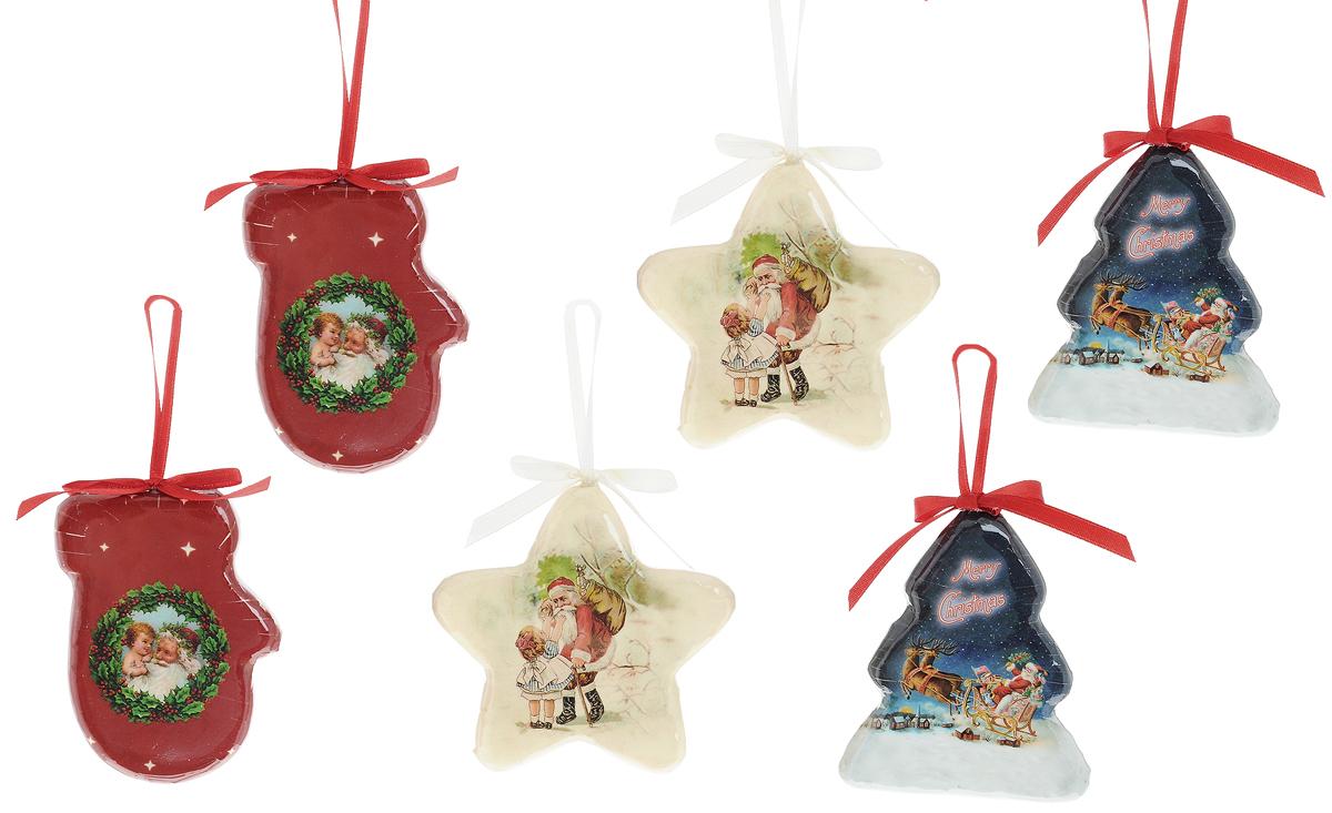 Набор новогодних подвесных украшений Winter Wings Подвески, 6 штN181202Набор Winter Wings Подвески состоит из 6 подвесных украшений, выполненных из пластика. Оригинальные новогодние украшения прекрасно подойдут для праздничного декора дома и новогодней ели. С помощью специальной текстильной петельки в виде бантика их можно повесить в любом понравившемся вам месте. Но, конечно, удачнее всего такие игрушки будут смотреться на праздничной елке. Елочная игрушка - символ Нового года и Рождества. Она несет в себе волшебство и красоту праздника. Создайте в своем доме атмосферу веселья и радости, украшая новогоднюю елку нарядными игрушками, которые будут из года в год накапливать теплоту воспоминаний. Размер украшений: 6,5 х 1,5 х 9 см; 9,5 х 1,5 х 9,5 см; 7,5 х 1,5 х 9 см.