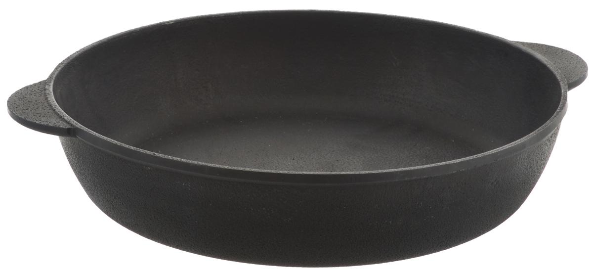 Сотейник чугунный Берлика. Диаметр 28 смБР2860Сковорода Берлика, изготовленная из натурального экологически безопасного чугуна, оснащена двумя ручками. Чугун является одним из лучших материалов для производства посуды. Его можно нагревать до высоких температур. Он очень практичный, не выделяет токсичных веществ, обладает высокой теплоемкостью и способен служить долгие годы. Такая сковорода замечательно подойдет для приготовления жаренных и тушеных блюд. Подходит для всех типов плит, включая индукционные. Можно использовать в духовке. Не рекомендуется мыть в посудомоечной машине. Ширина сковороды (с учетом ручек): 33,5 см. Высота стенки: 6 см.